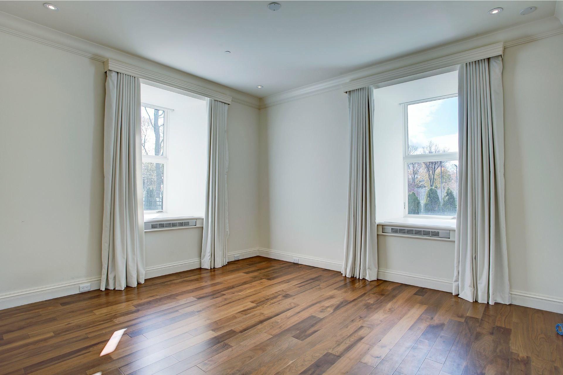 image 13 - Appartement À vendre Ville-Marie Montréal  - 4 pièces