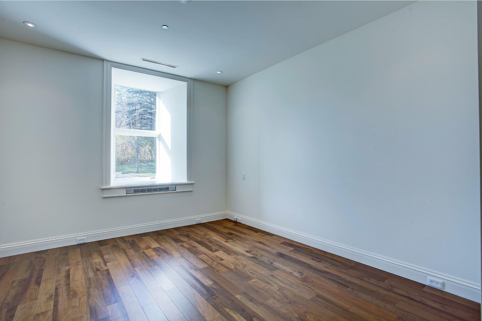 image 17 - Appartement À vendre Ville-Marie Montréal  - 4 pièces