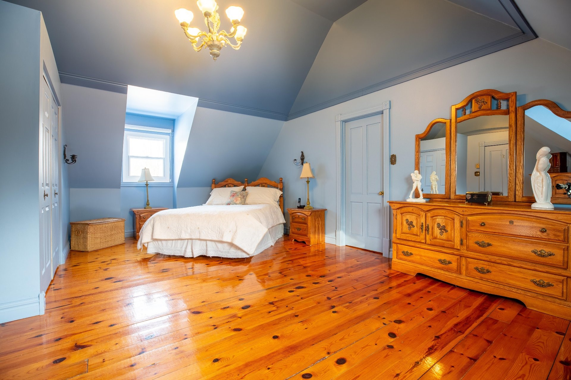 image 18 - House For sale Saint-Lazare - 12 rooms
