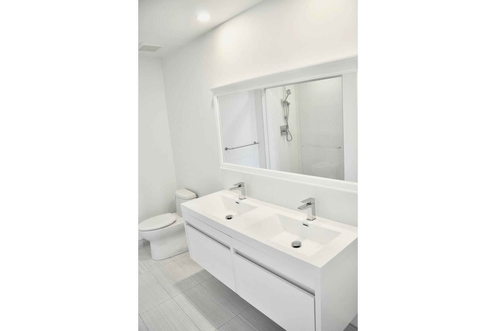 image 15 - Appartement À vendre Mont-Royal - 9 pièces
