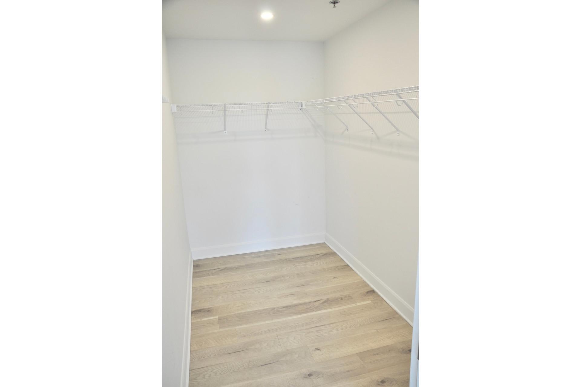 image 17 - Appartement À vendre Mont-Royal - 9 pièces