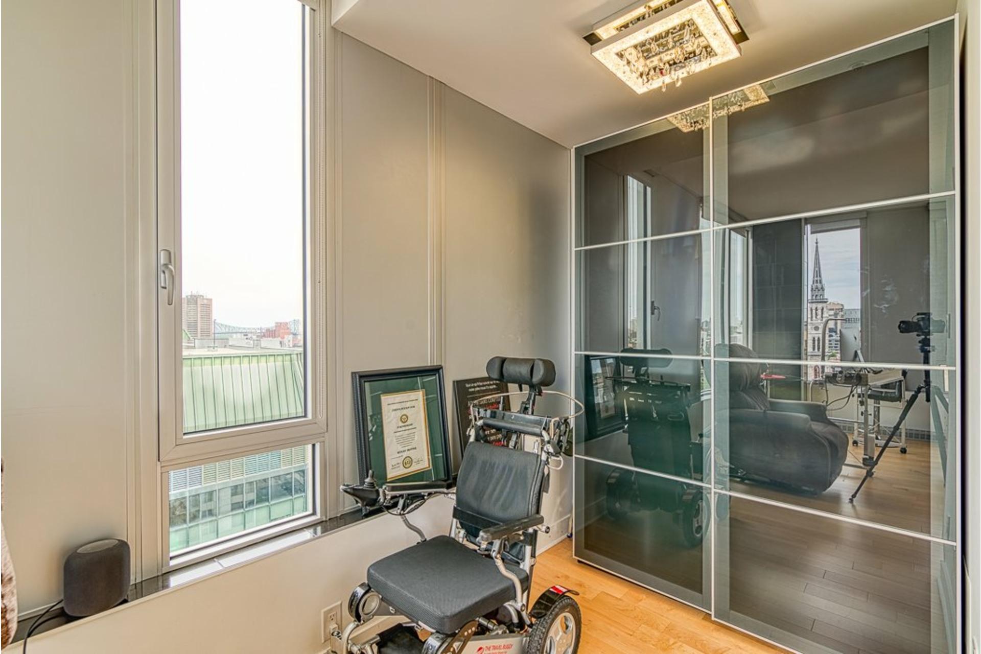image 38 - Appartement À vendre Ville-Marie Montréal  - 7 pièces