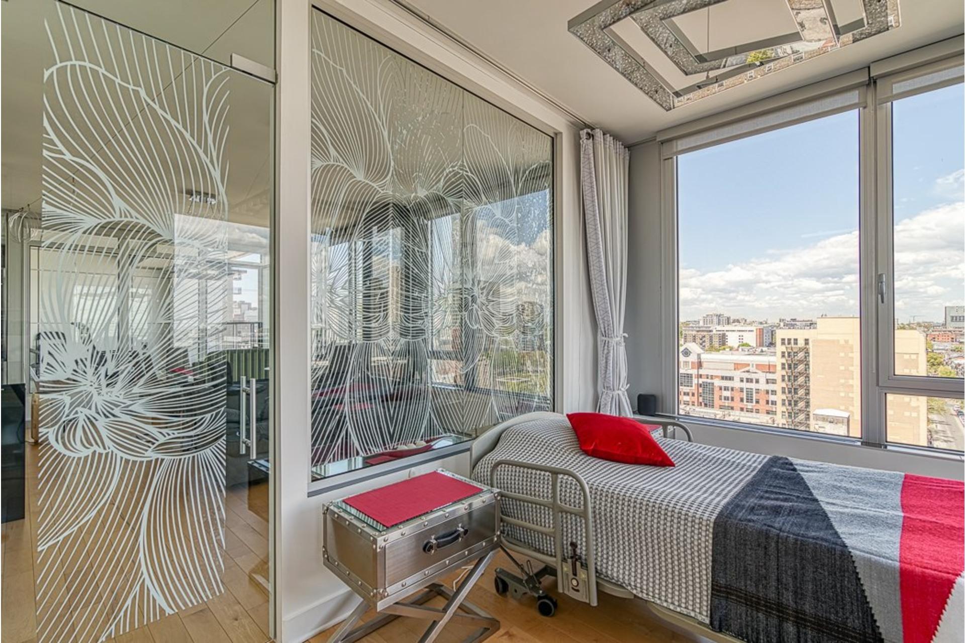 image 28 - Appartement À vendre Ville-Marie Montréal  - 7 pièces