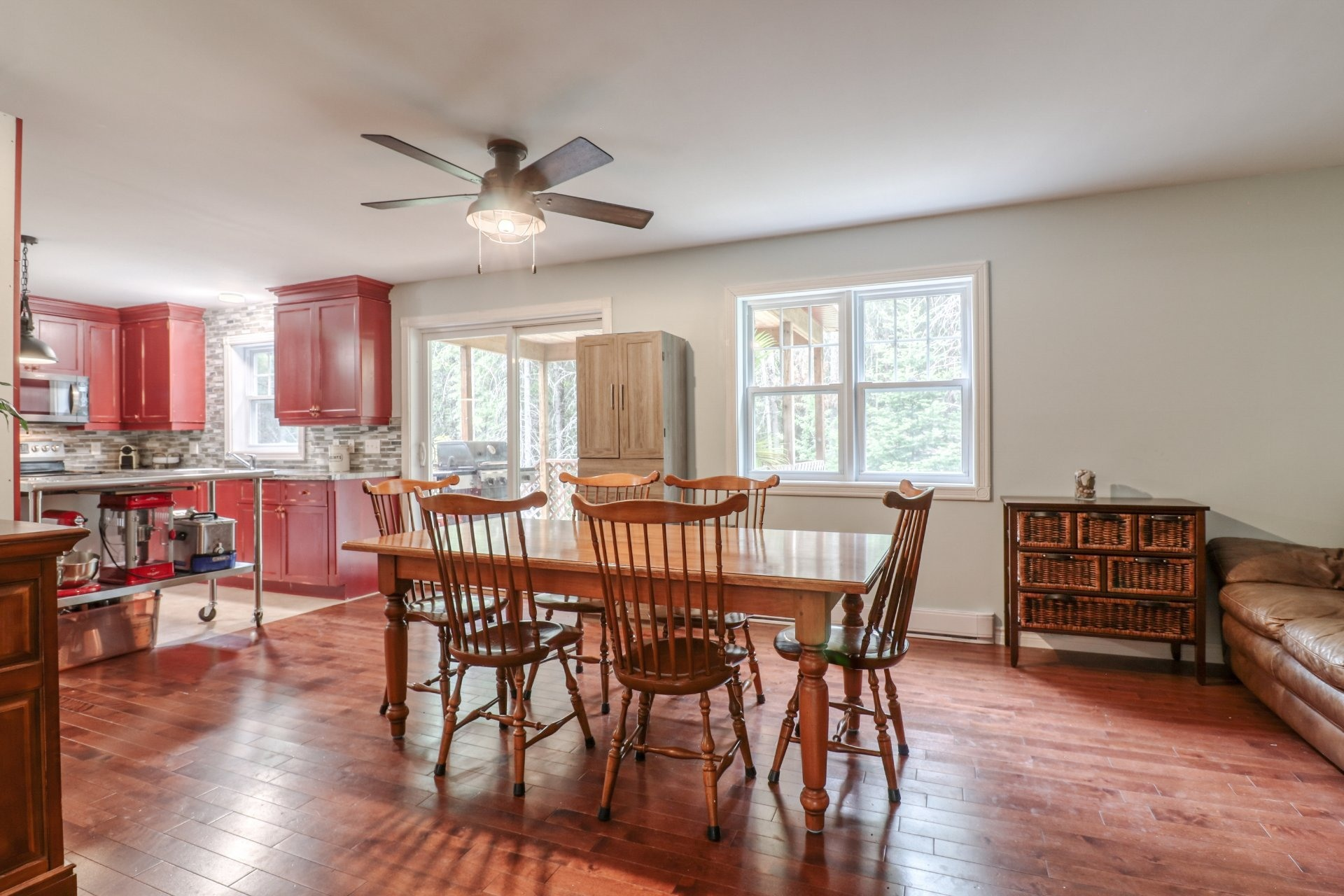 image 7 - House For sale Rawdon - 9 rooms