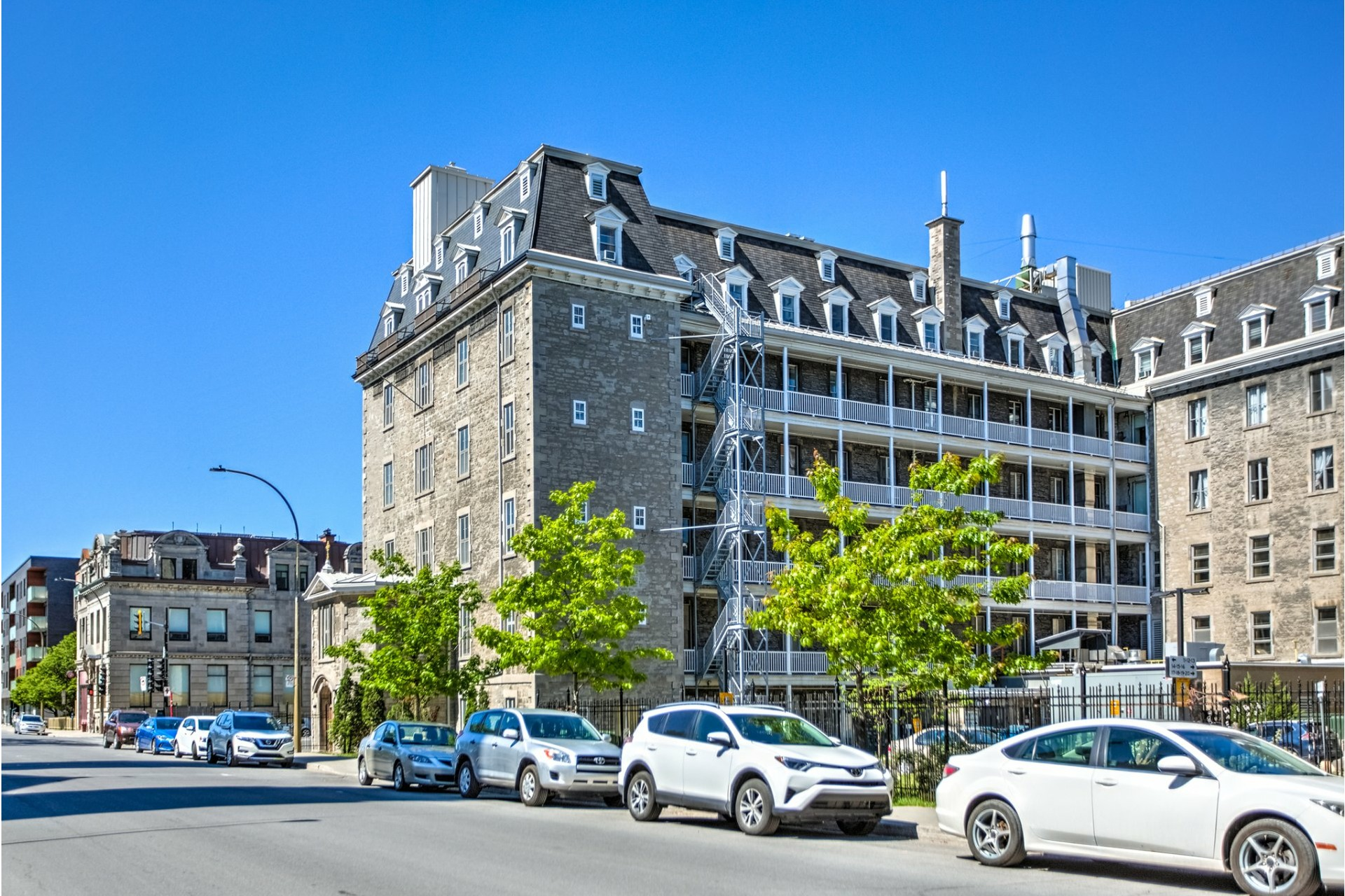 image 20 - Triplex À vendre Ville-Marie Montréal  - 6 pièces