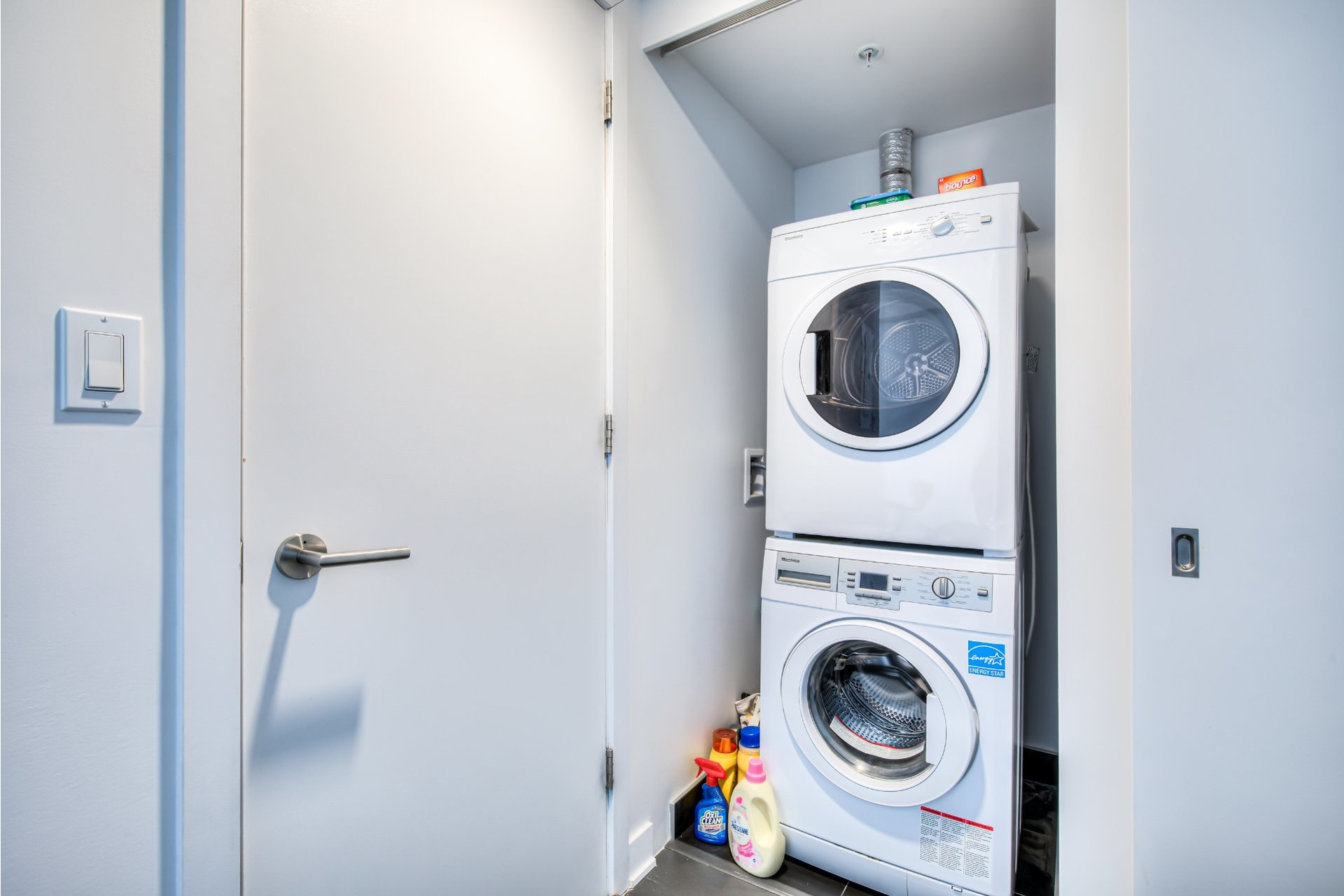 image 20 - Appartement À vendre Ville-Marie Montréal  - 5 pièces