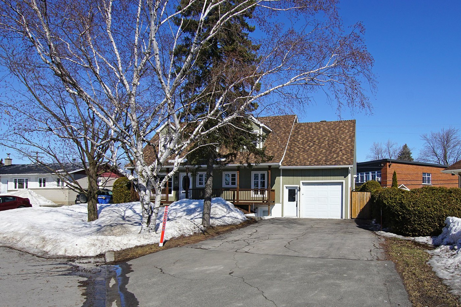 image 1 - House For sale Repentigny Repentigny  - 16 rooms