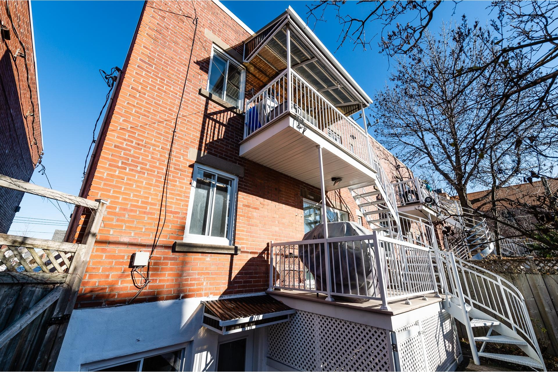 image 18 - Duplex For sale Villeray/Saint-Michel/Parc-Extension Montréal  - 10 rooms
