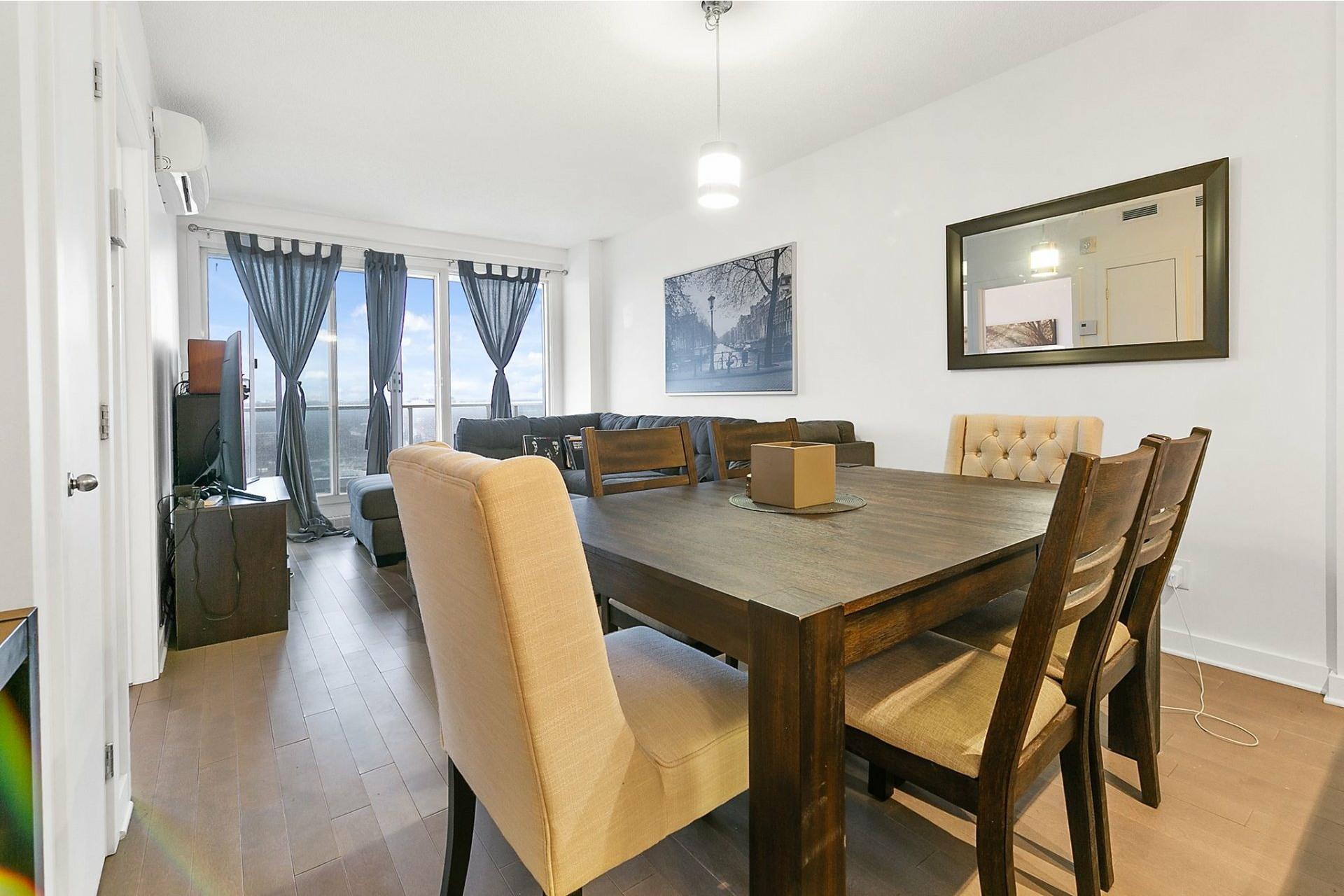 image 3 - Appartement À louer Ahuntsic-Cartierville Montréal  - 4 pièces