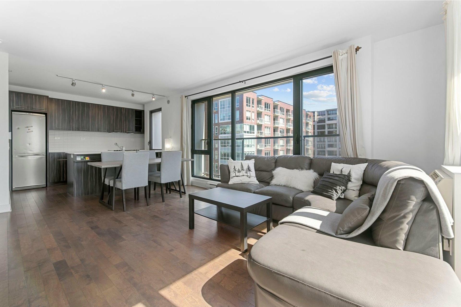 image 14 - Apartment For rent Ville-Marie Montréal  - 5 rooms