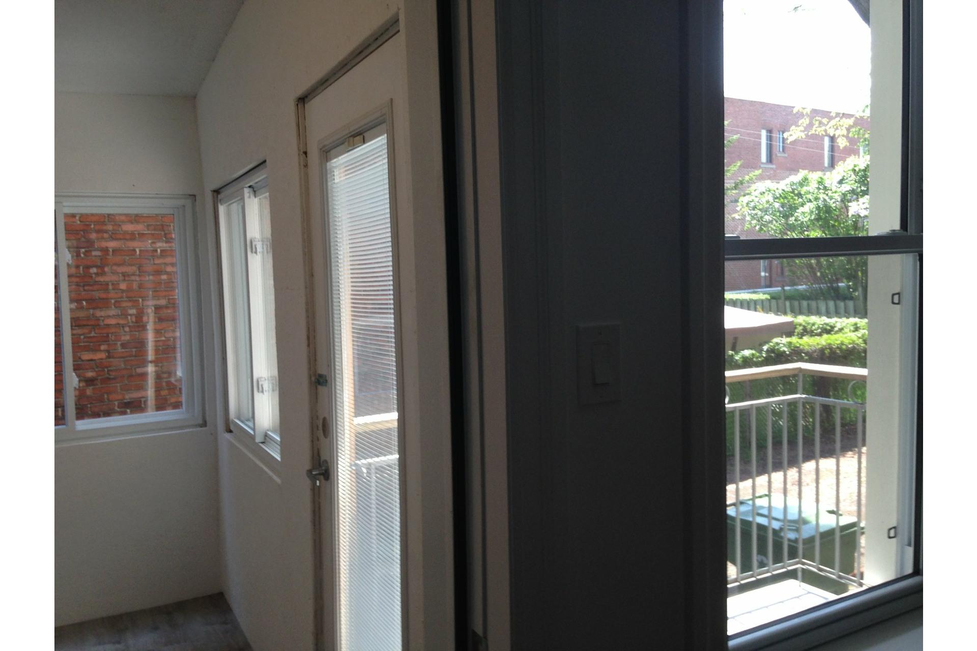 image 25 - Appartement À louer Côte-des-Neiges/Notre-Dame-de-Grâce Montréal  - 7 pièces