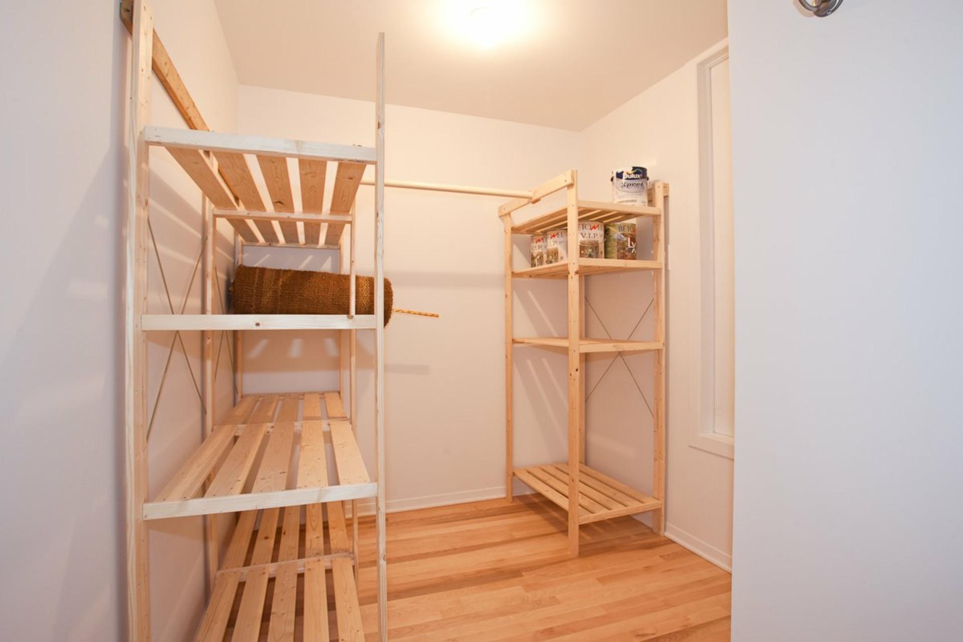 image 23 - Appartement À louer Côte-des-Neiges/Notre-Dame-de-Grâce Montréal  - 7 pièces
