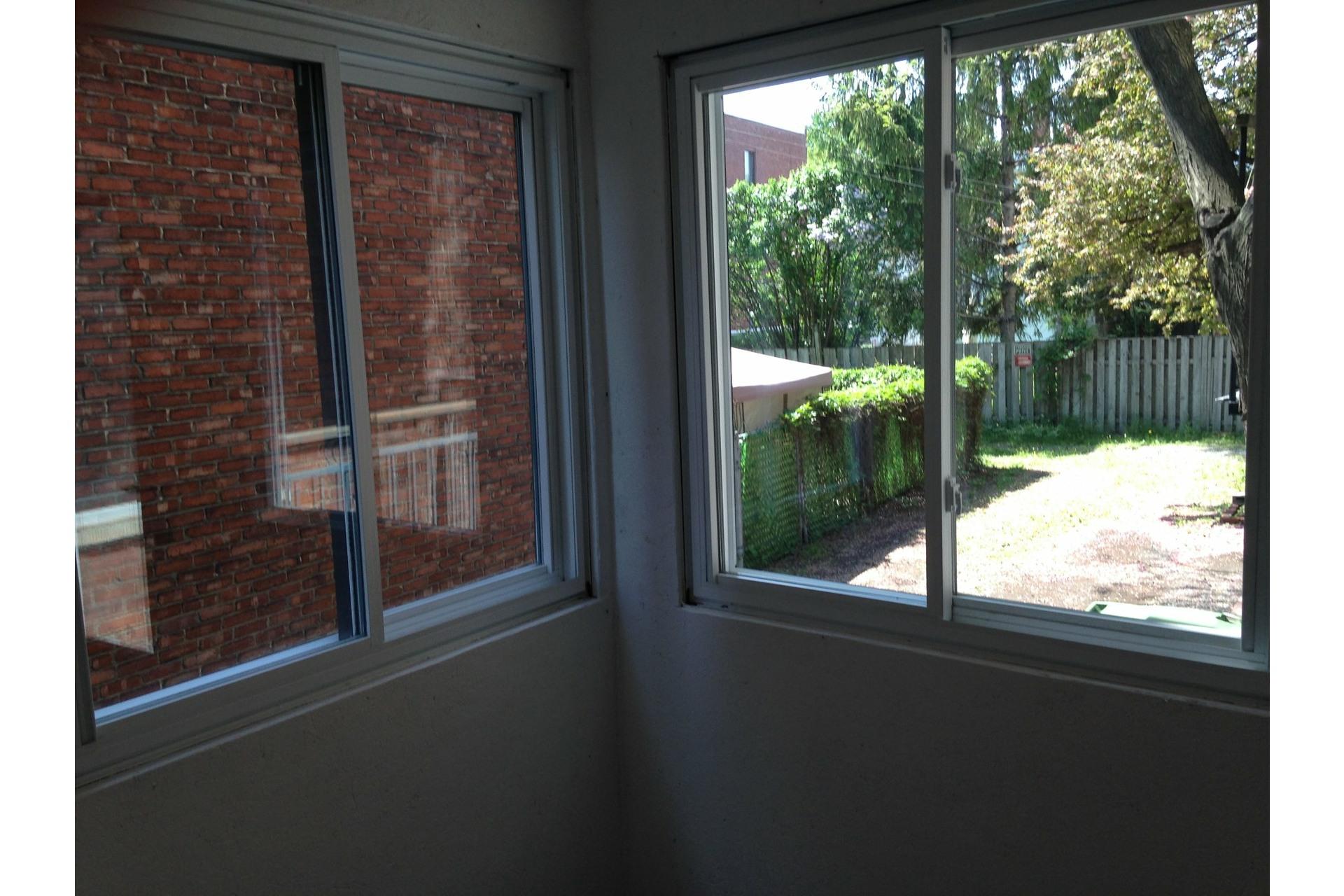 image 24 - Appartement À louer Côte-des-Neiges/Notre-Dame-de-Grâce Montréal  - 7 pièces