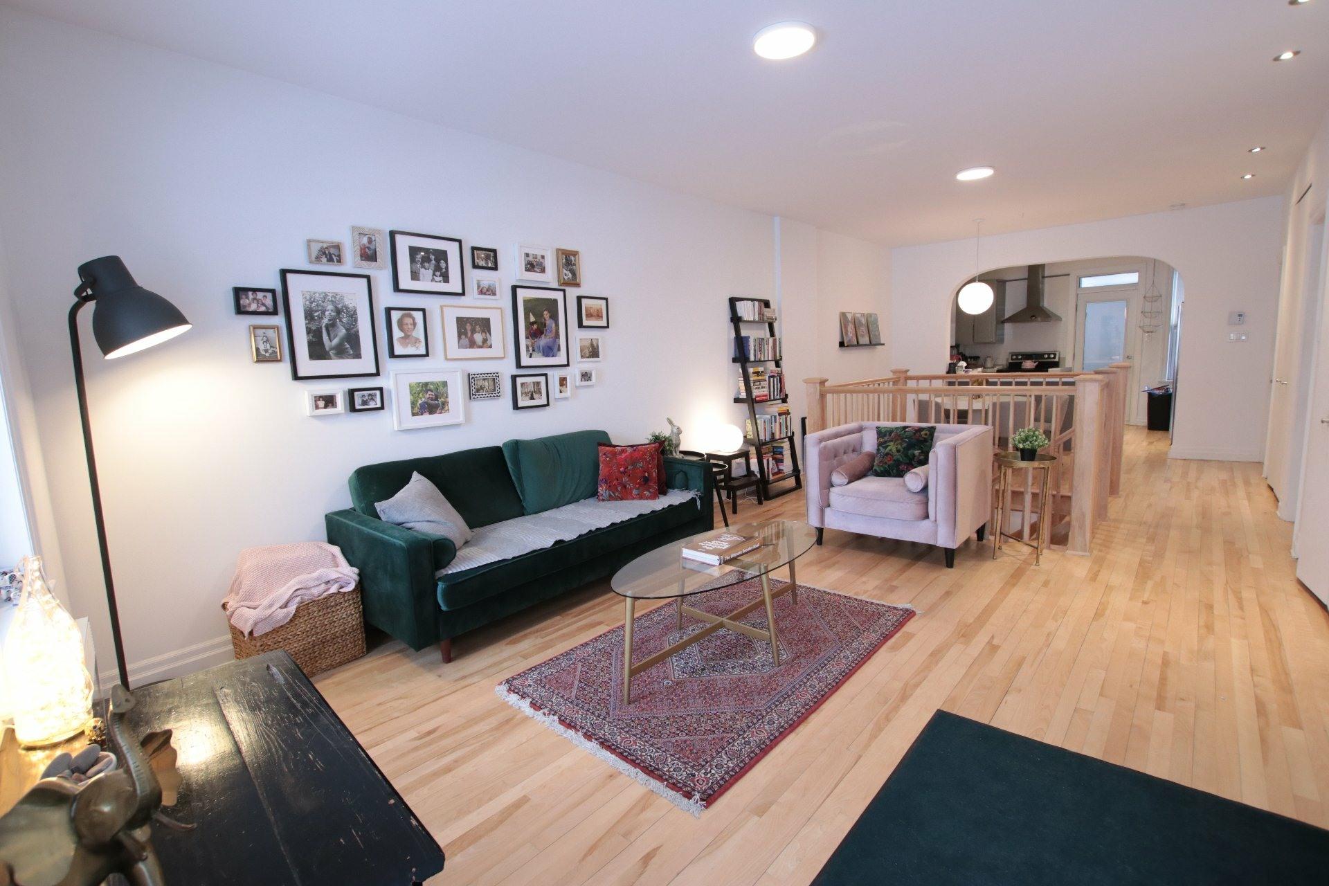 image 1 - Appartement À louer Côte-des-Neiges/Notre-Dame-de-Grâce Montréal  - 7 pièces