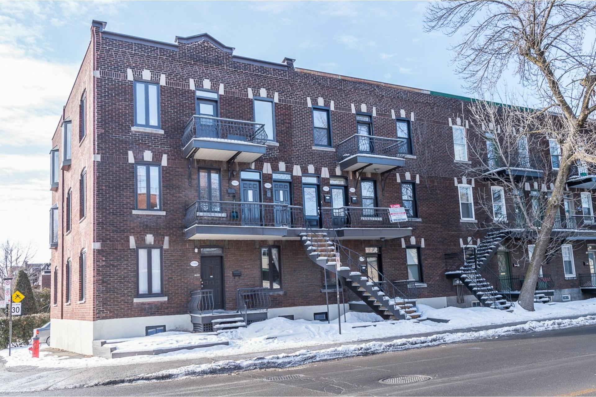 image 0 - Appartement À louer Côte-des-Neiges/Notre-Dame-de-Grâce Montréal  - 7 pièces