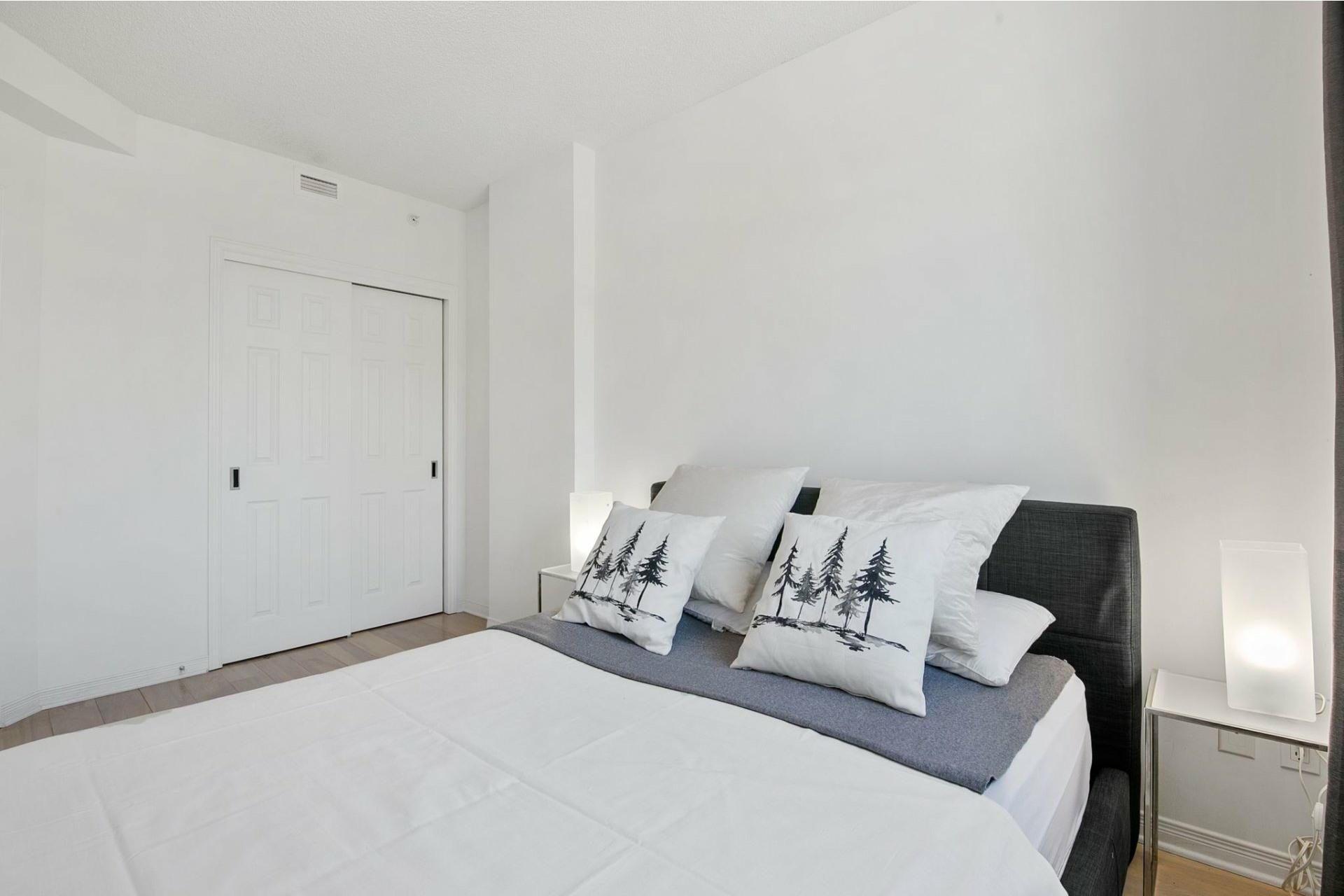 image 12 - Appartement À vendre Côte-des-Neiges/Notre-Dame-de-Grâce Montréal  - 6 pièces