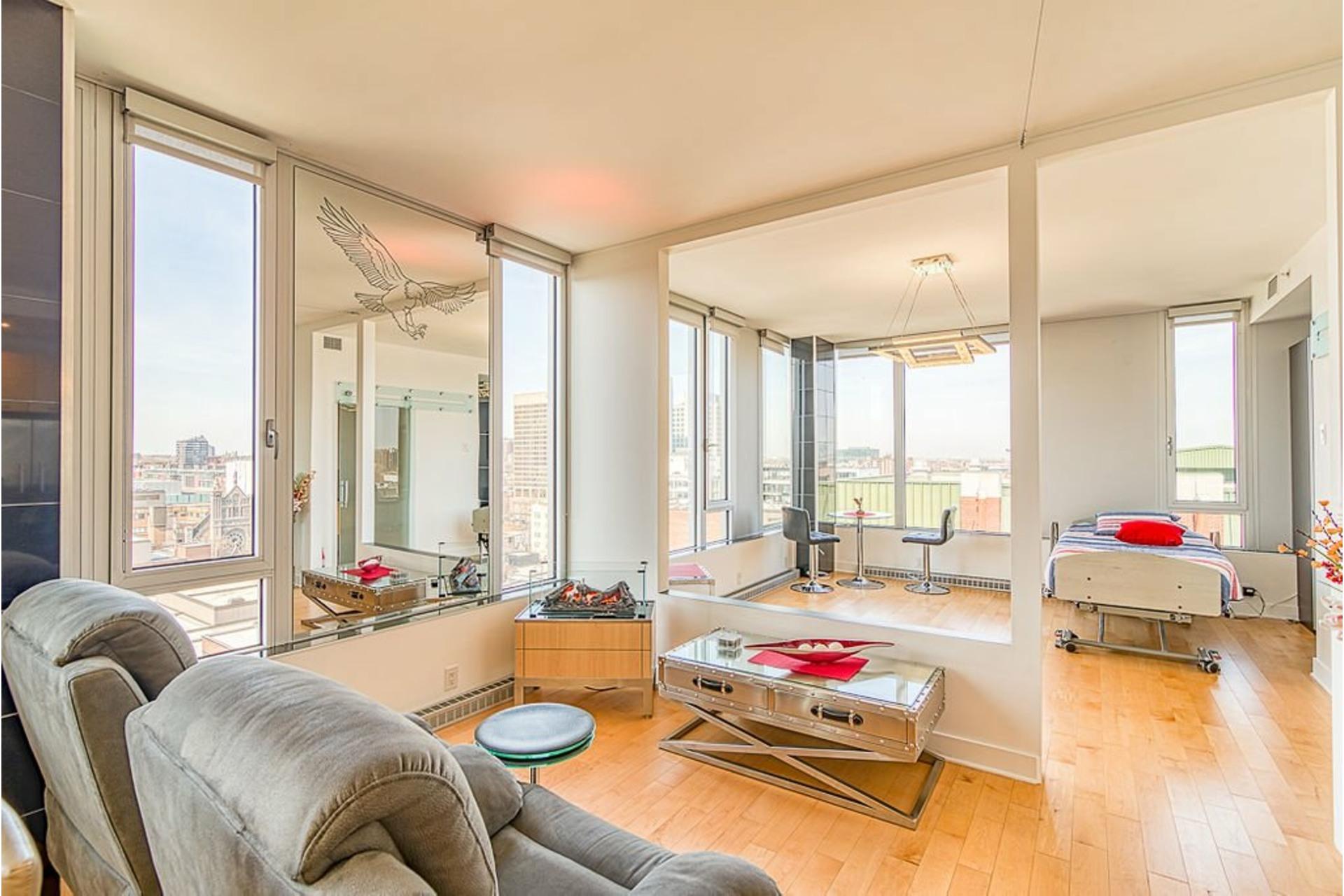 image 3 - Appartement À vendre Ville-Marie Montréal  - 7 pièces