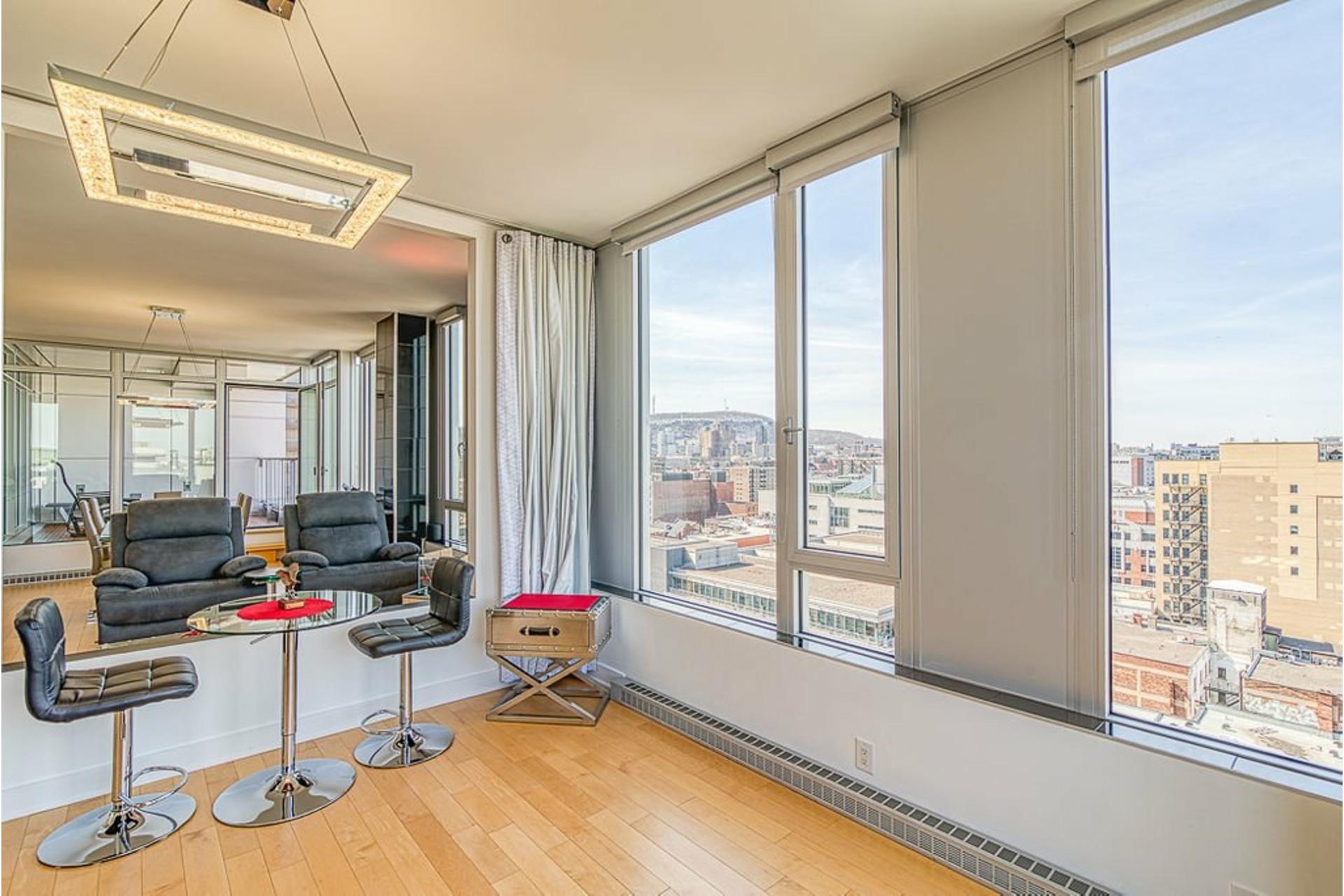 image 8 - Appartement À vendre Ville-Marie Montréal  - 7 pièces