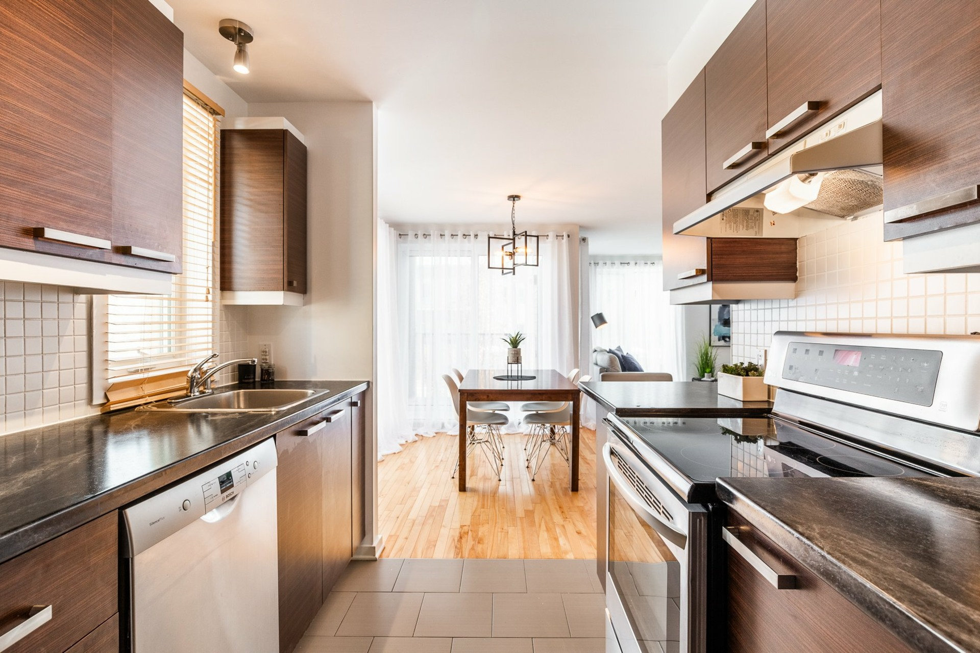 image 3 - Appartement À vendre Mercier/Hochelaga-Maisonneuve Montréal  - 6 pièces