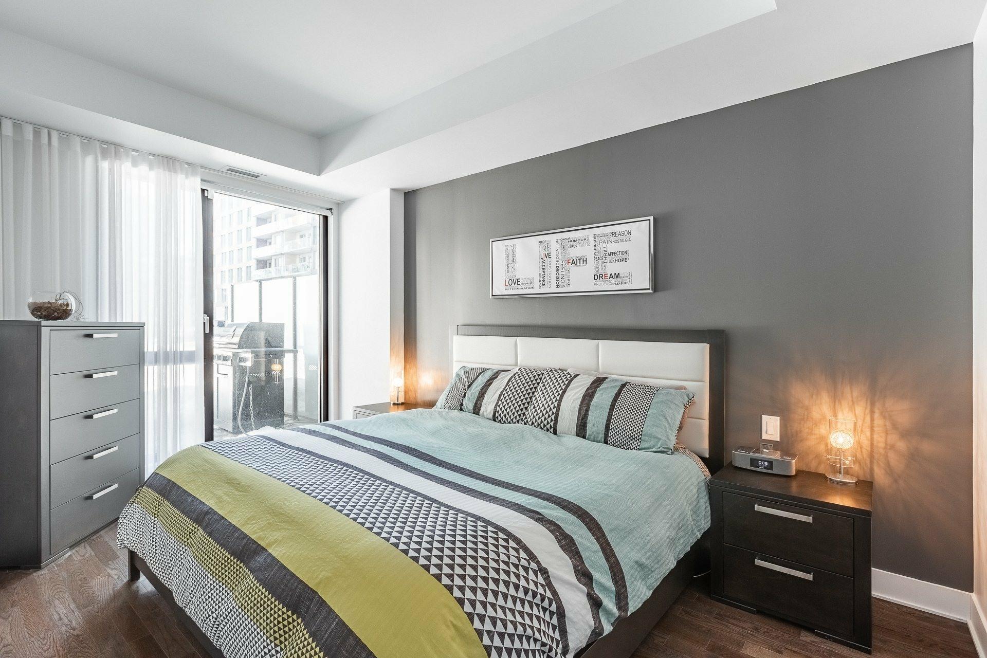 image 11 - Appartement À louer Le Sud-Ouest Montréal  - 9 pièces
