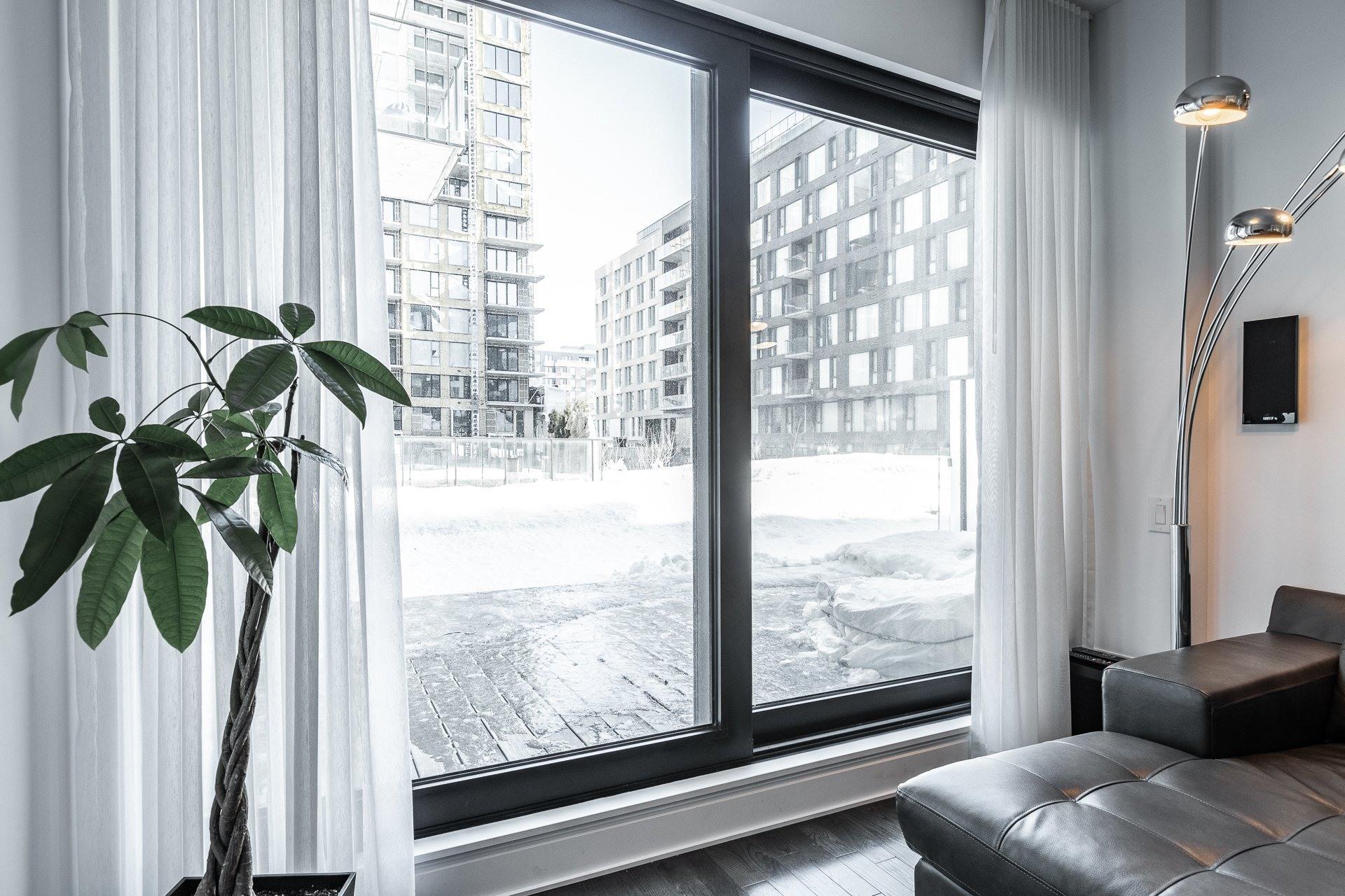 image 14 - Appartement À louer Le Sud-Ouest Montréal  - 9 pièces