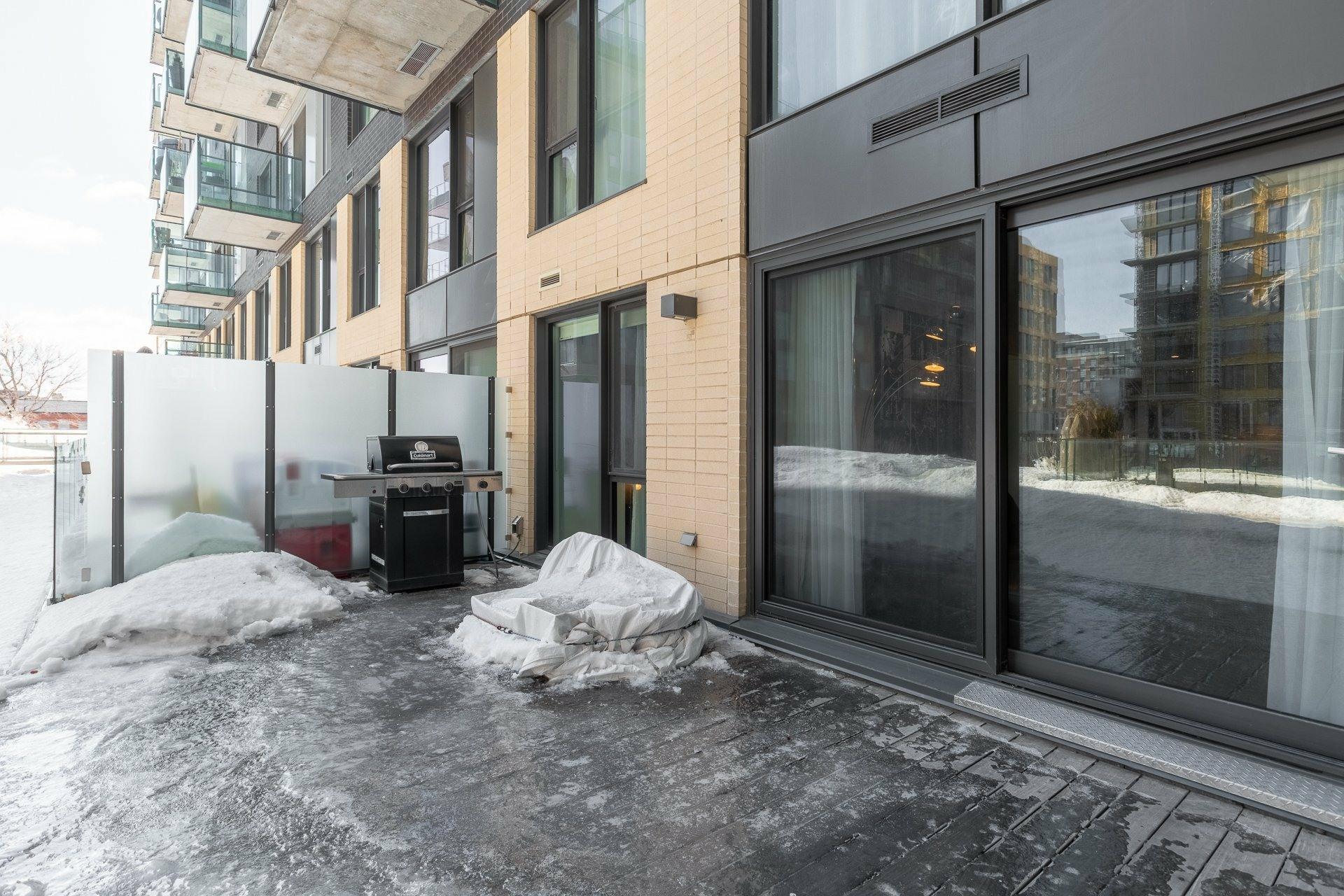 image 16 - Appartement À louer Le Sud-Ouest Montréal  - 9 pièces