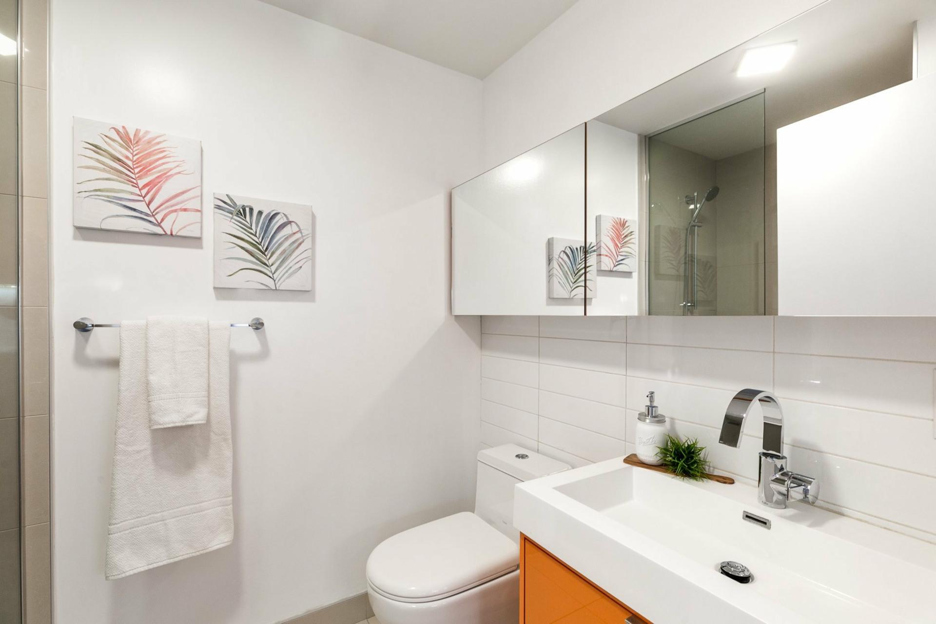 image 5 - Apartment For rent Le Sud-Ouest Montréal  - 2 rooms