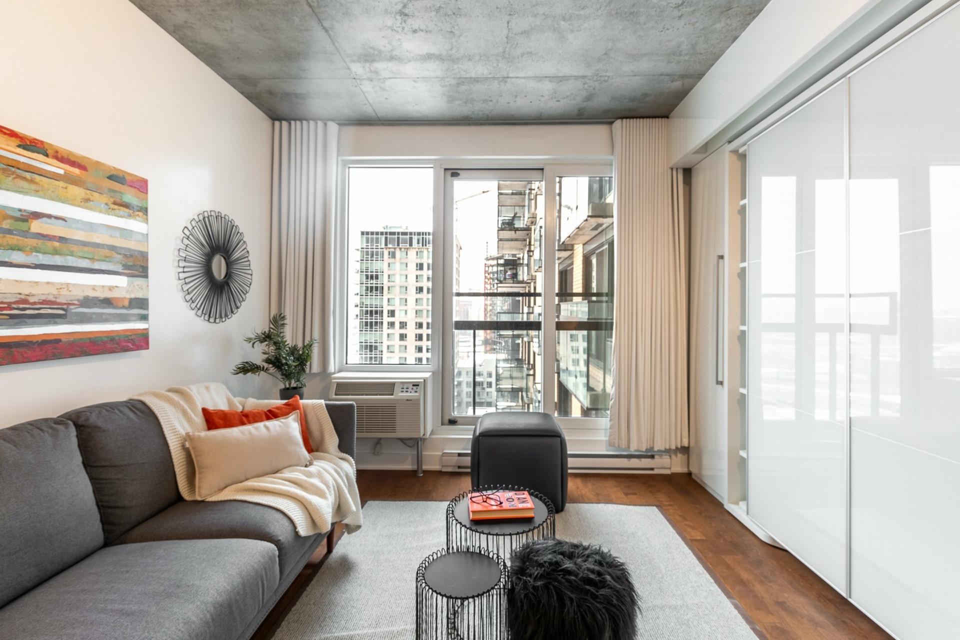 image 3 - Apartment For rent Le Sud-Ouest Montréal  - 2 rooms