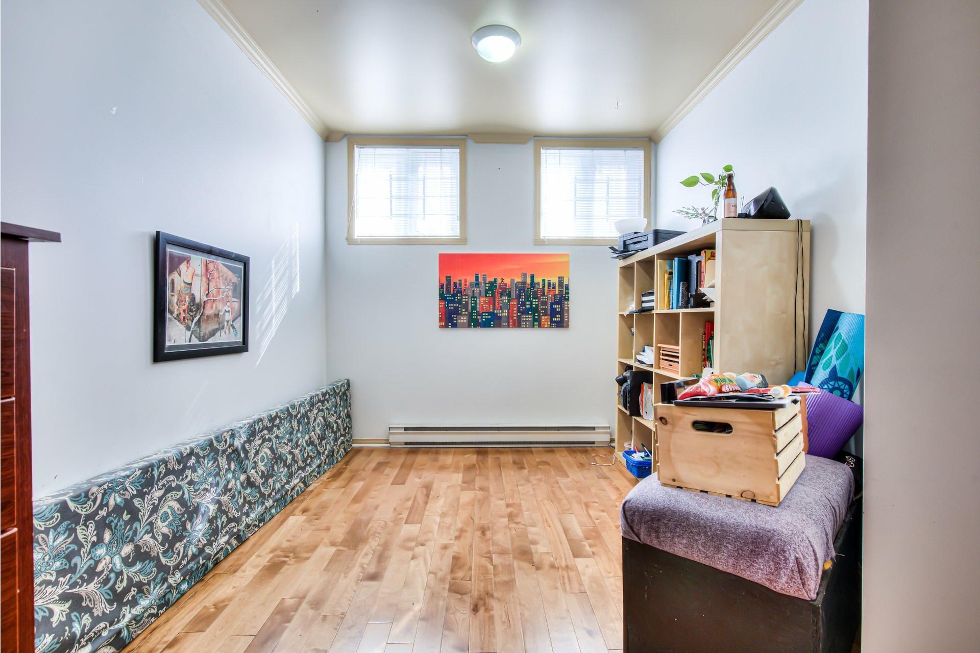 image 17 - Appartement À vendre Ville-Marie Montréal  - 6 pièces