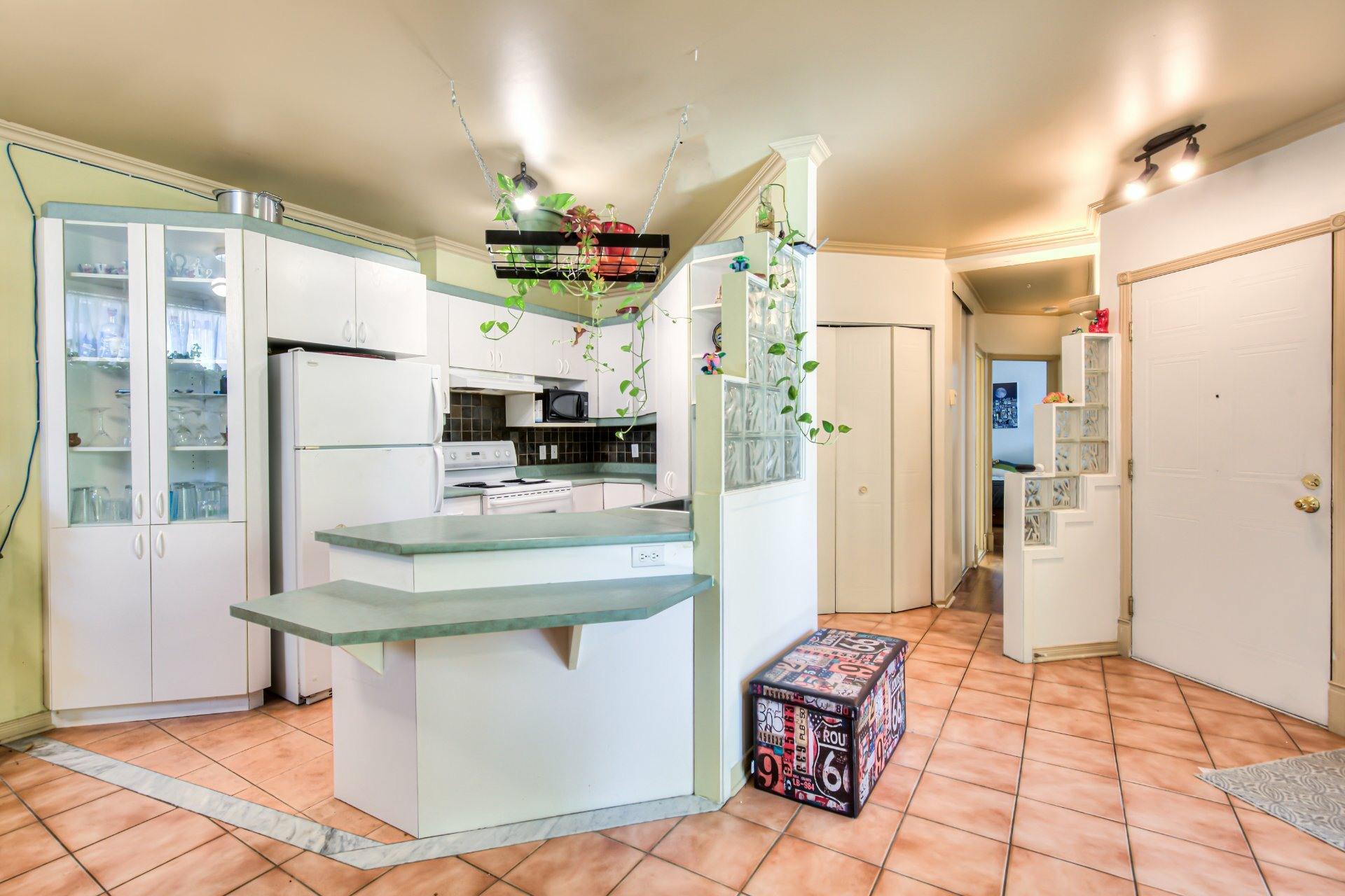 image 11 - Appartement À vendre Ville-Marie Montréal  - 6 pièces