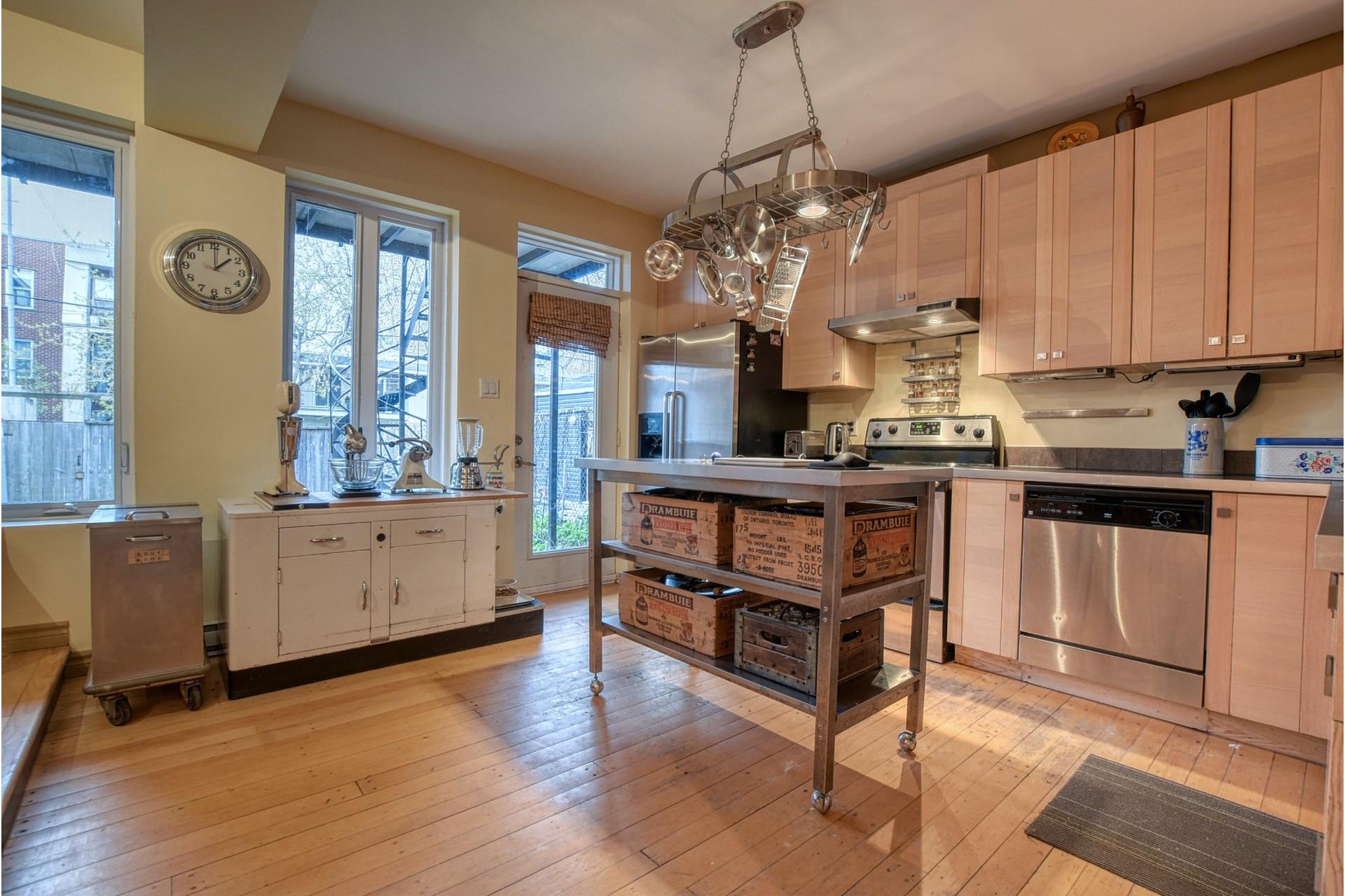 image 3 - Appartement À vendre Mercier/Hochelaga-Maisonneuve Montréal  - 5 pièces