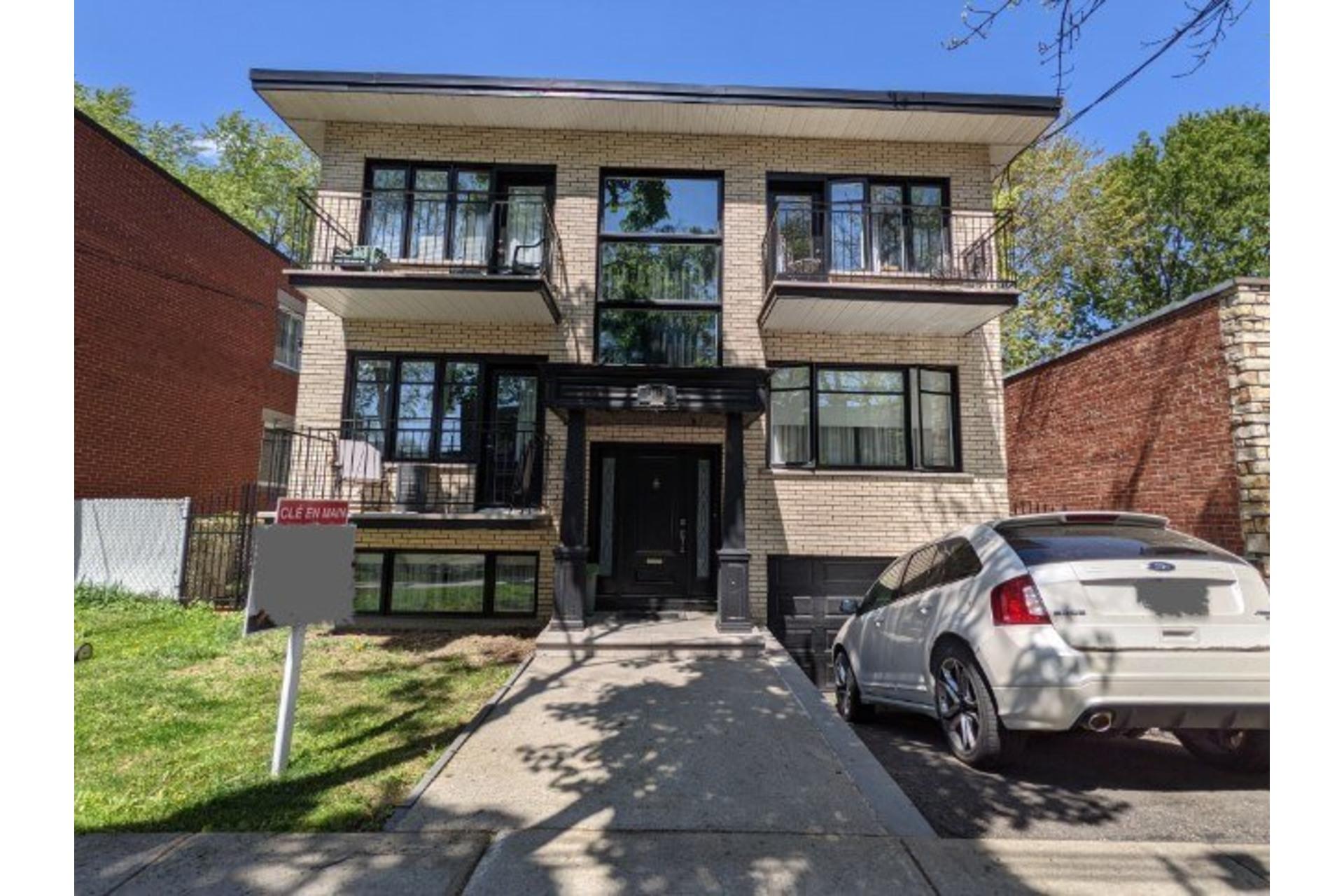 image 0 - Quadruplex For sale Ahuntsic-Cartierville Montréal  - 12 rooms