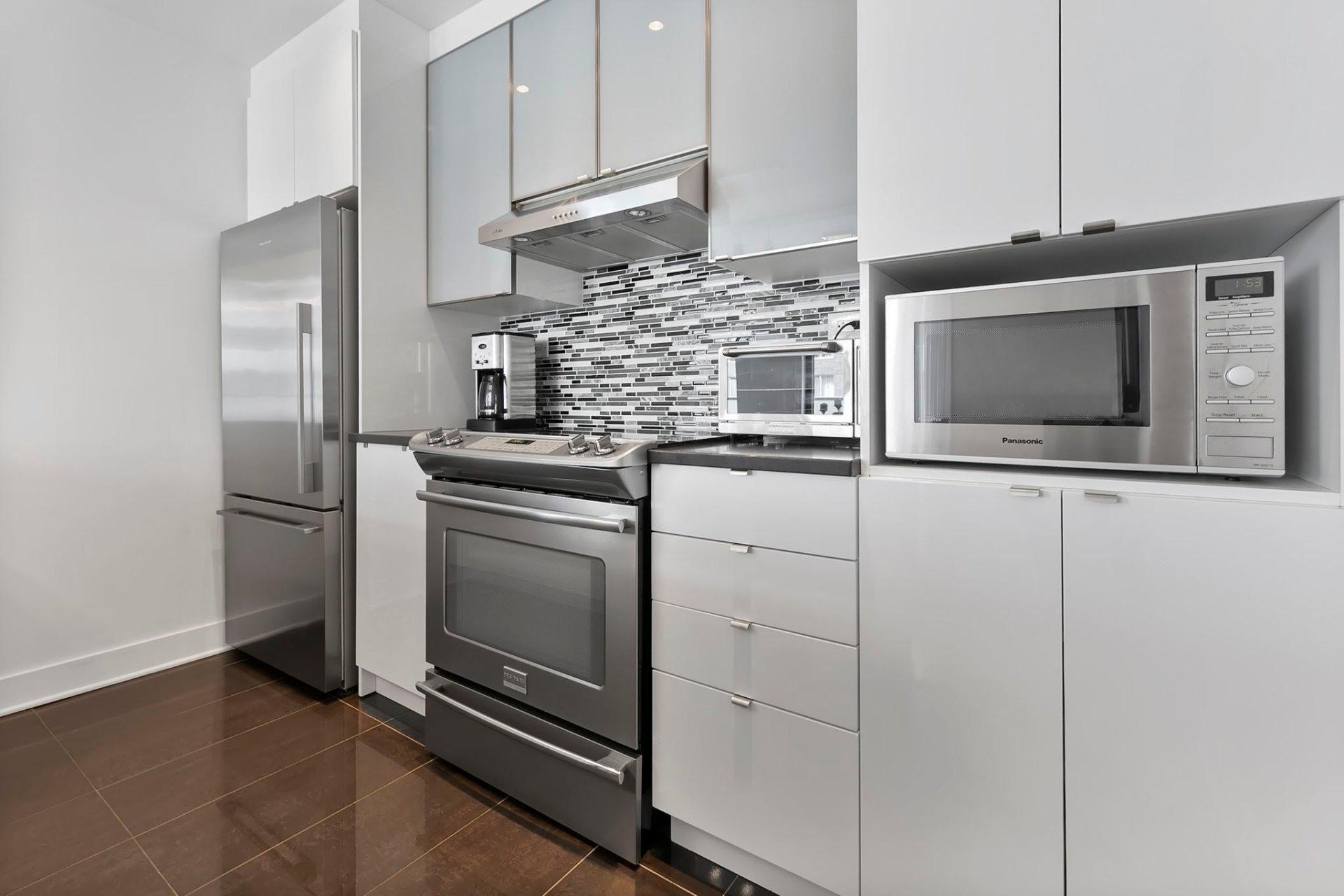 image 14 - Apartment For sale Côte-des-Neiges/Notre-Dame-de-Grâce Montréal  - 8 rooms