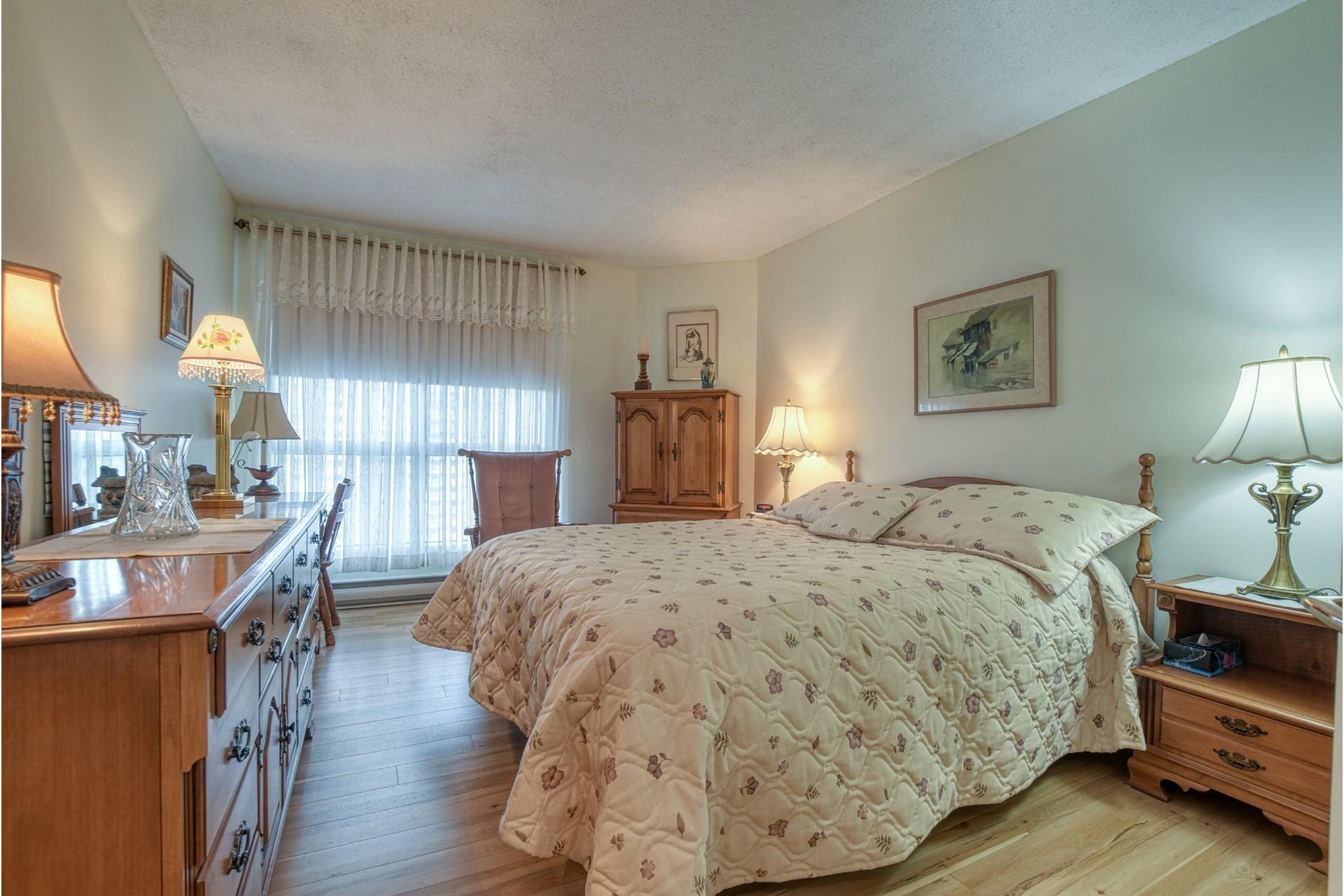 image 12 - Appartement À louer Montréal-Nord Montréal  - 4 pièces