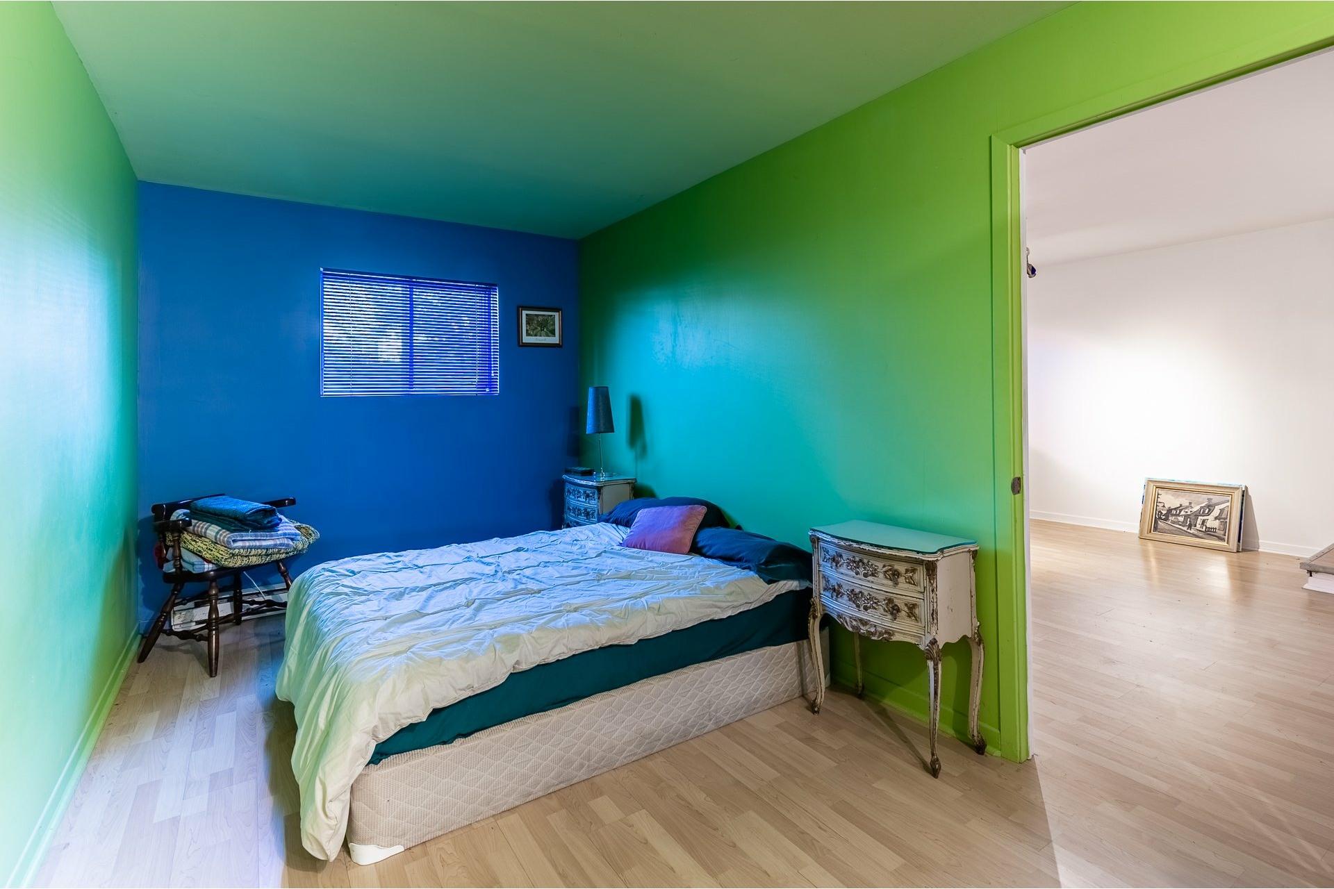 image 13 - Duplex À vendre Villeray/Saint-Michel/Parc-Extension Montréal  - 5 pièces
