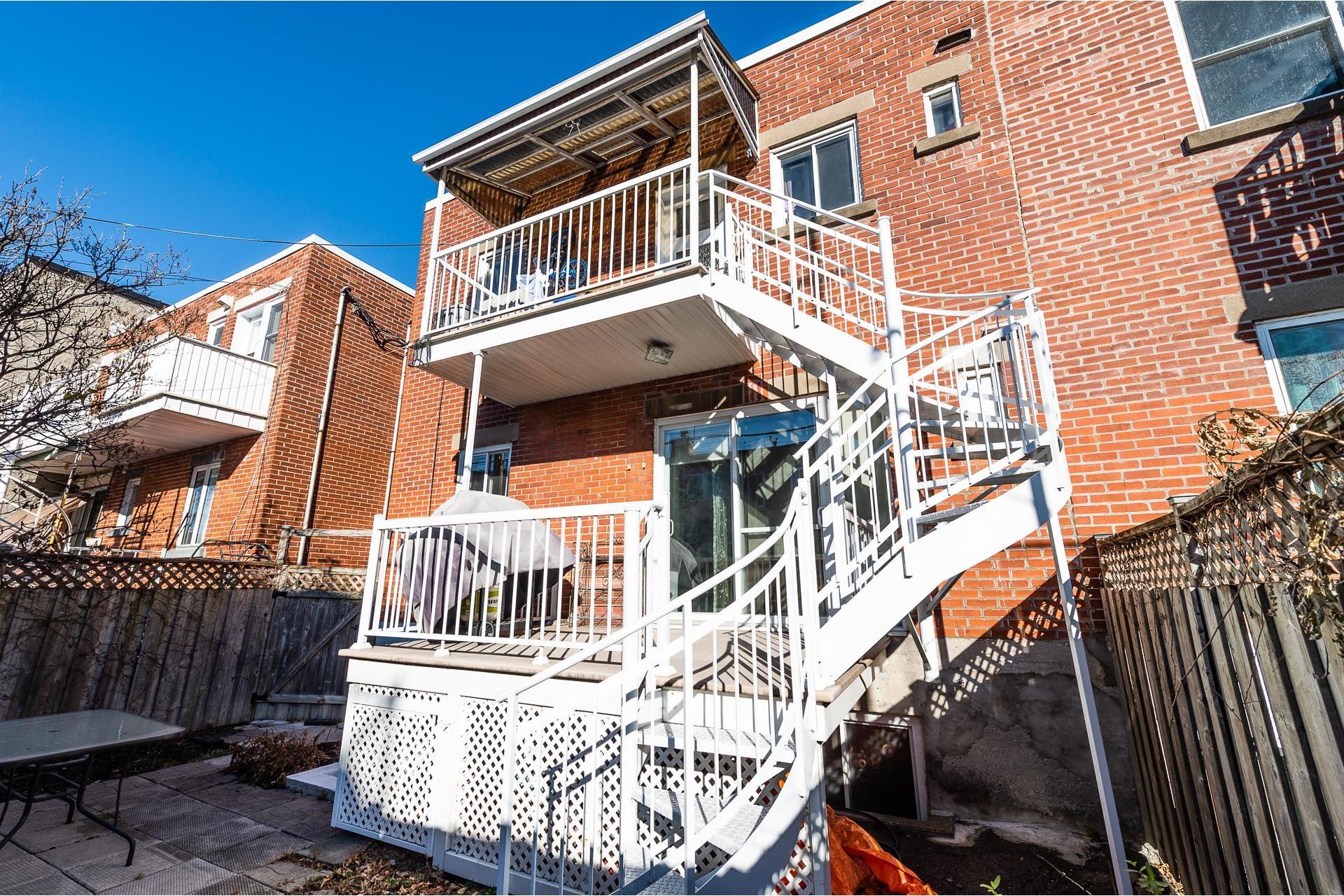 image 17 - Duplex À vendre Villeray/Saint-Michel/Parc-Extension Montréal  - 5 pièces