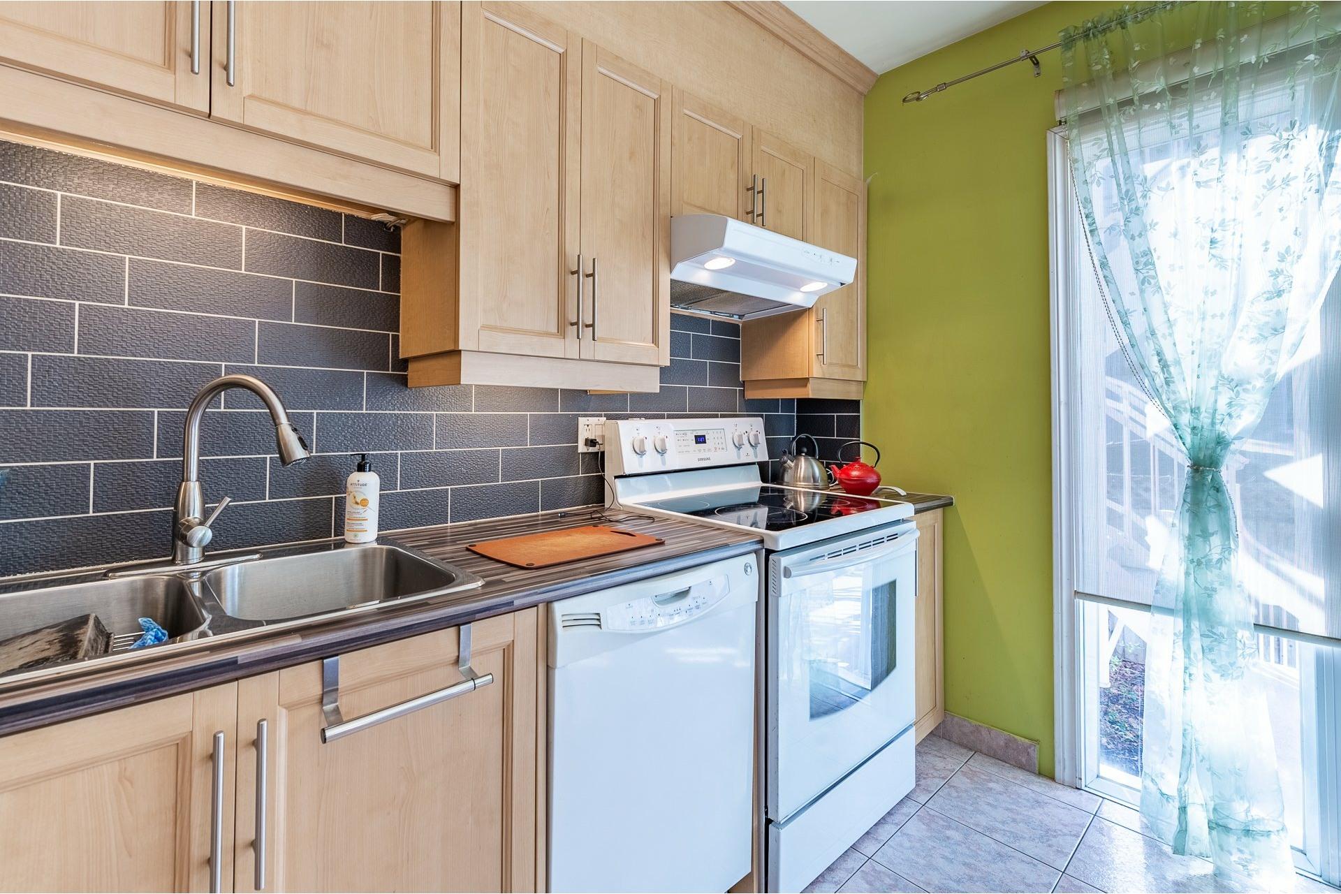 image 1 - Duplex À vendre Villeray/Saint-Michel/Parc-Extension Montréal  - 5 pièces