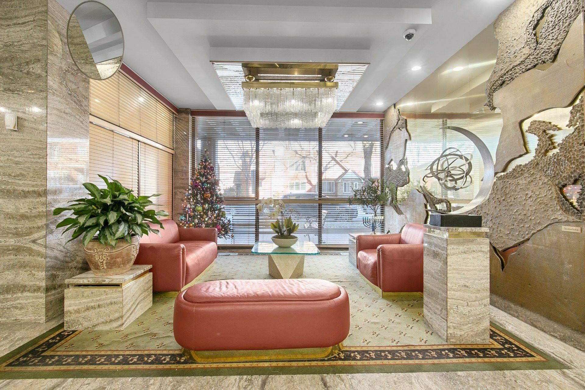 image 18 - Appartement À vendre Côte-Saint-Luc - 5 pièces