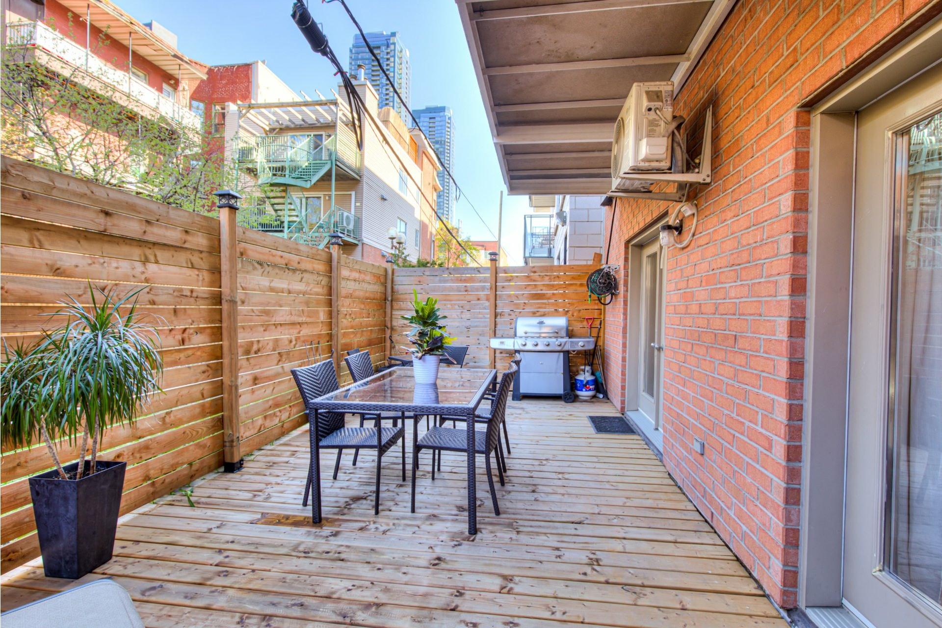 image 25 - Appartement À vendre Ville-Marie Montréal  - 8 pièces