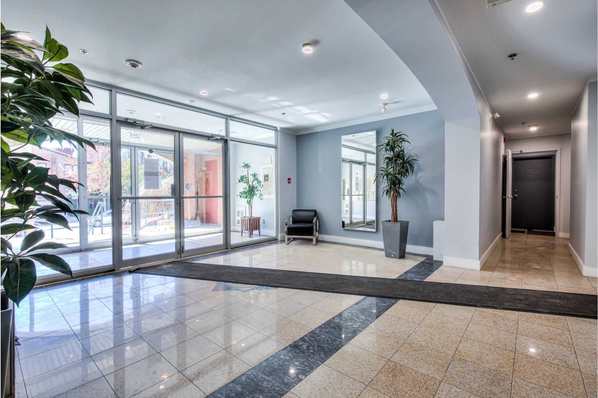 image 27 - Appartement À vendre Ville-Marie Montréal  - 8 pièces