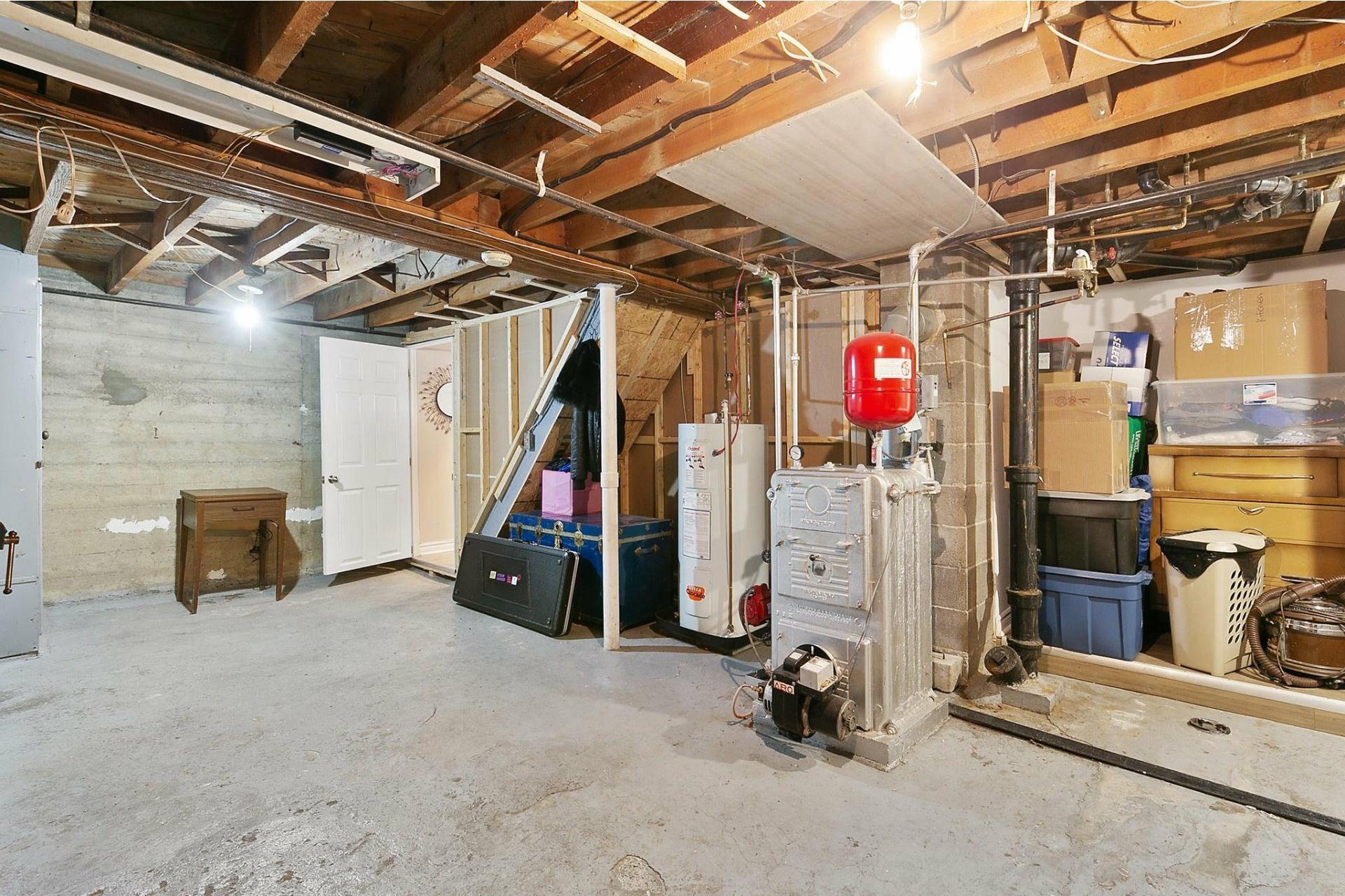 image 21 - Maison À vendre Villeray/Saint-Michel/Parc-Extension Montréal  - 10 pièces