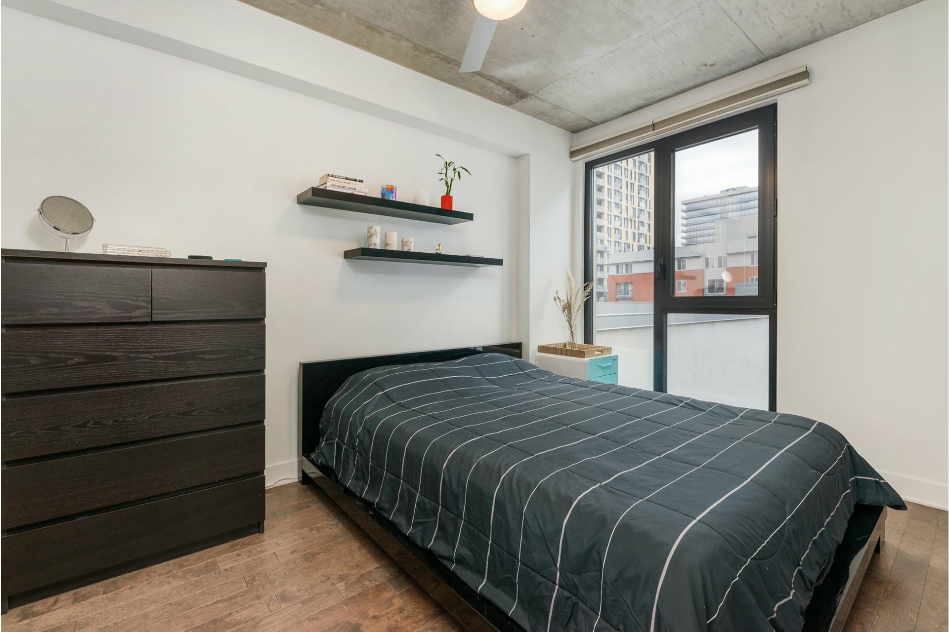 image 18 - Appartement À louer Le Sud-Ouest Montréal  - 6 pièces