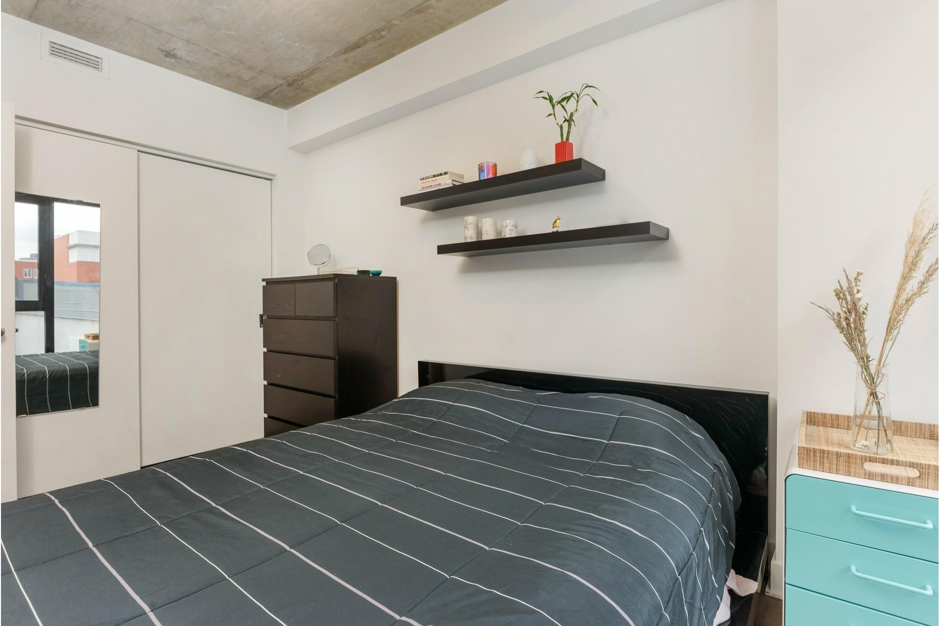 image 19 - Appartement À louer Le Sud-Ouest Montréal  - 6 pièces