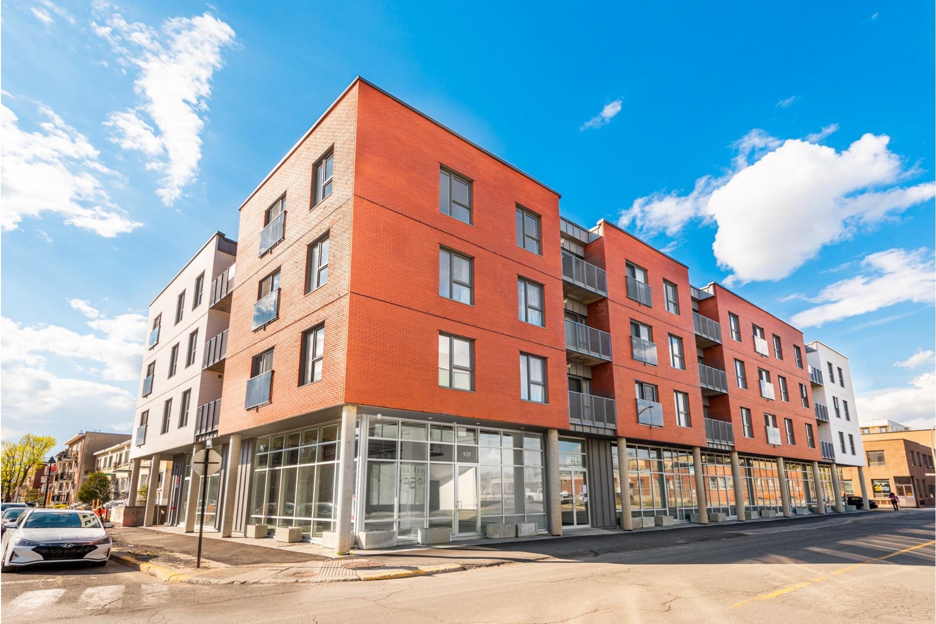 image 18 - Appartement À vendre Villeray/Saint-Michel/Parc-Extension Montréal  - 3 pièces
