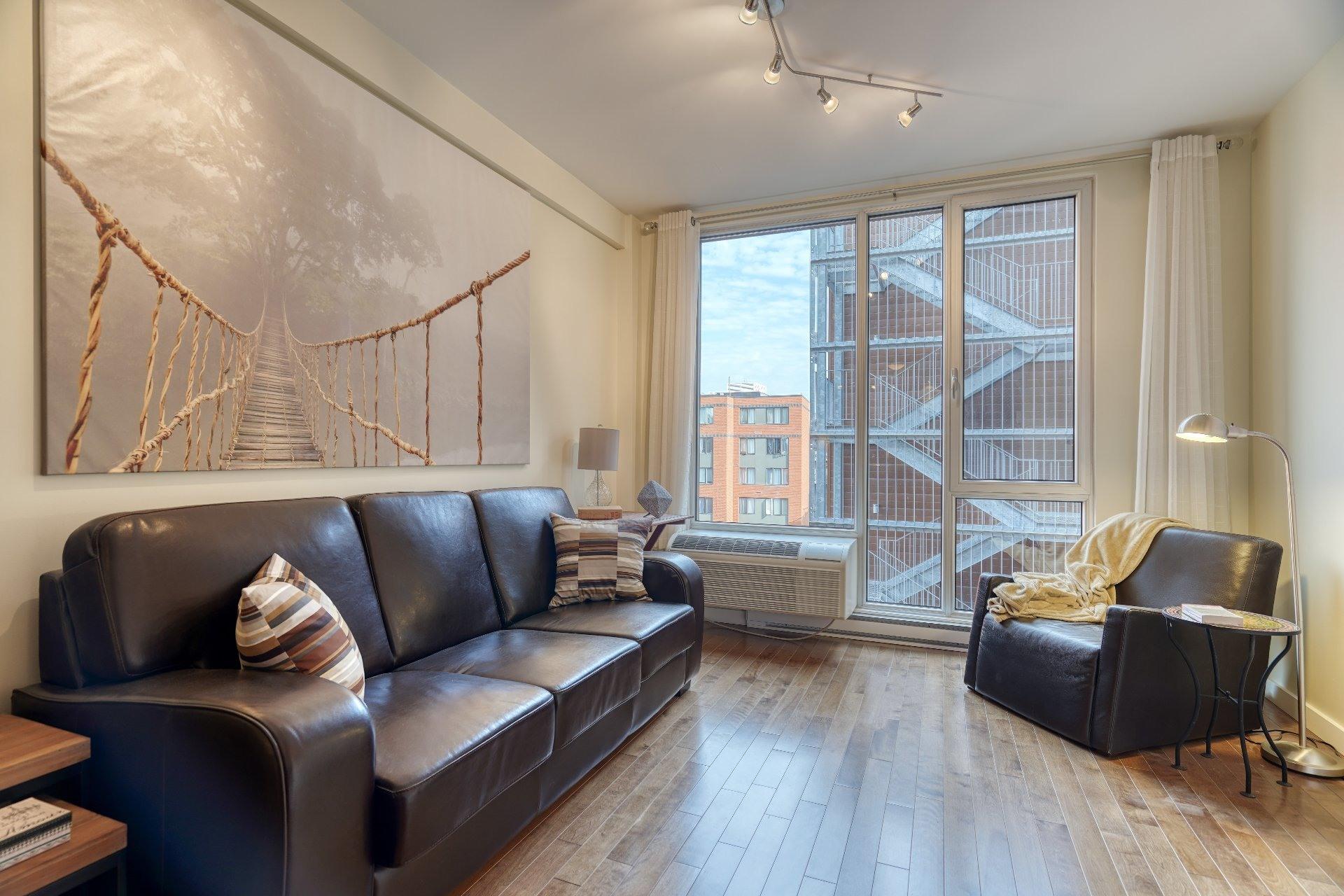 image 1 - Loft For rent Le Sud-Ouest Montréal  - 1 room