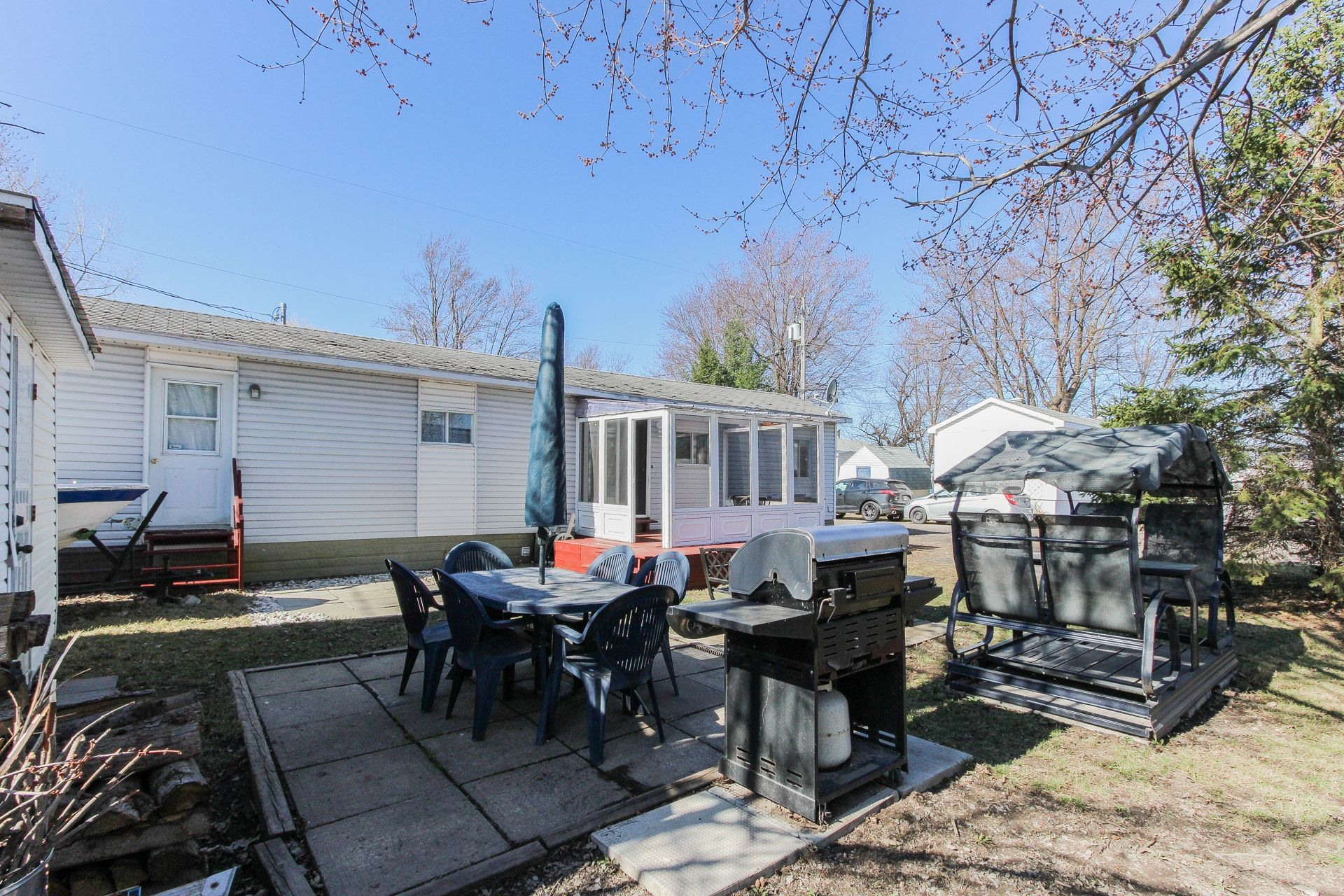 image 0 - House For sale Saint-Jean-sur-Richelieu - 6 rooms