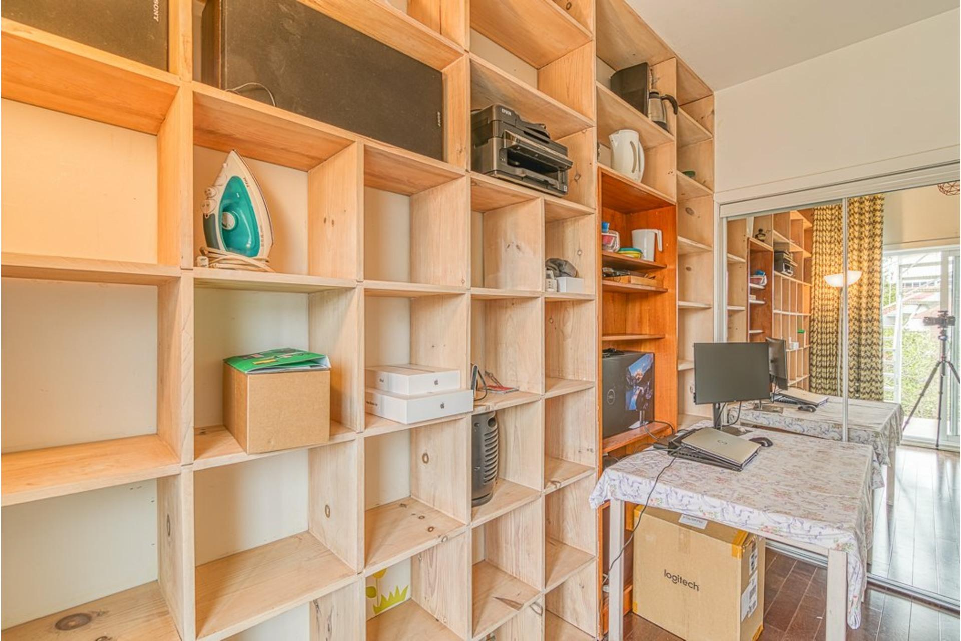 image 27 - Appartement À vendre Villeray/Saint-Michel/Parc-Extension Montréal  - 6 pièces
