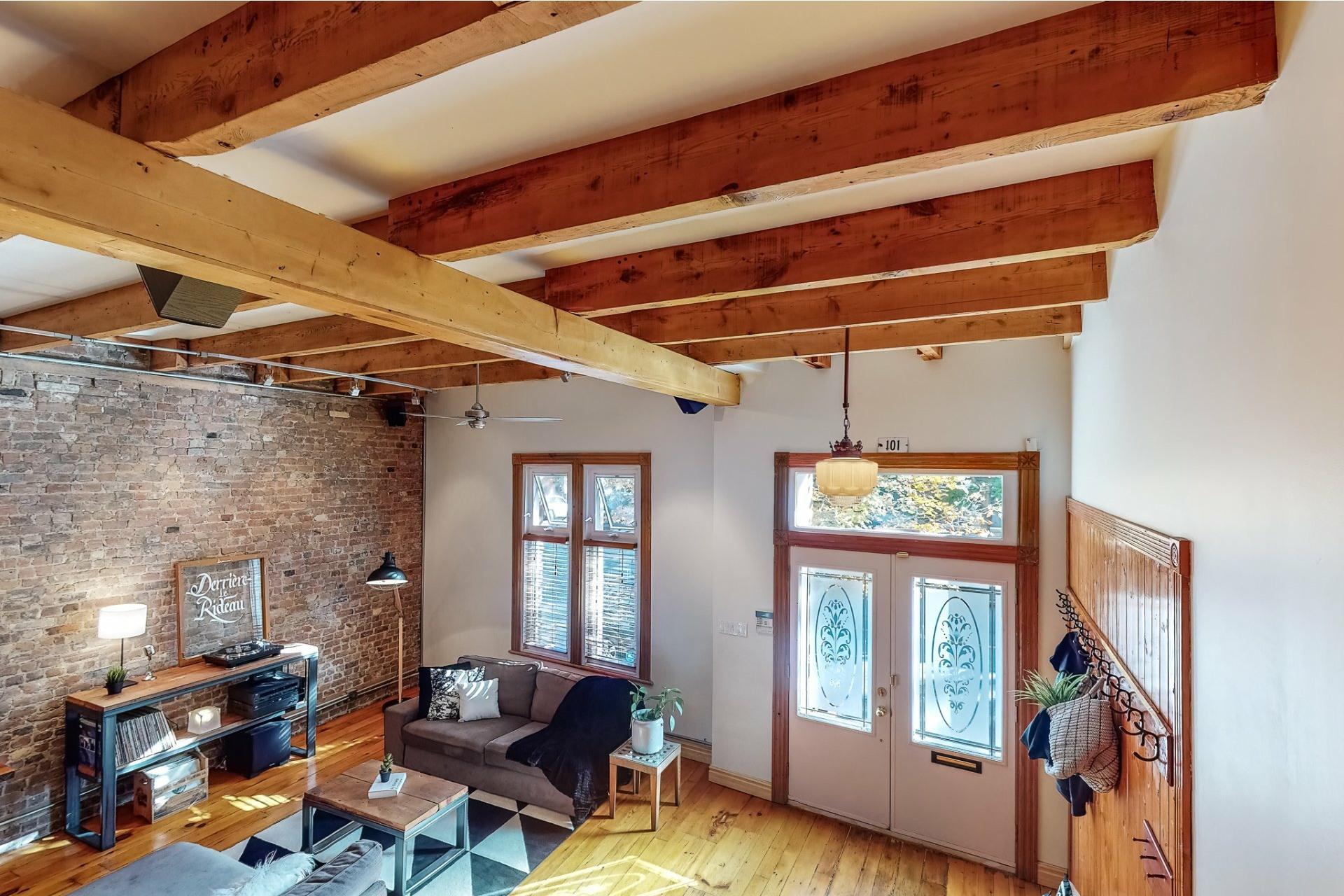 image 1 - House For sale Le Sud-Ouest Montréal  - 10 rooms
