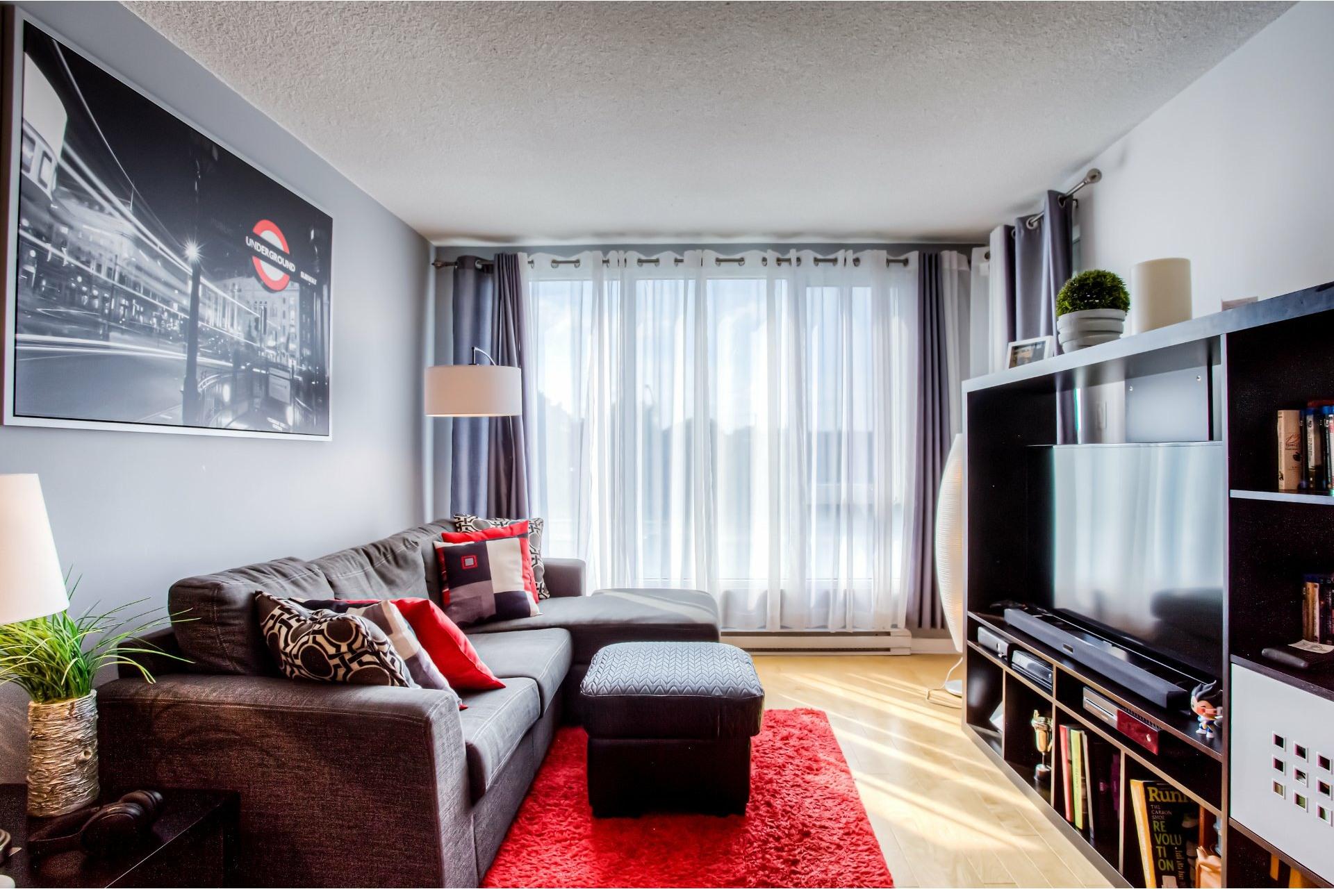 image 2 - Appartement À vendre Ahuntsic-Cartierville Montréal  - 3 pièces