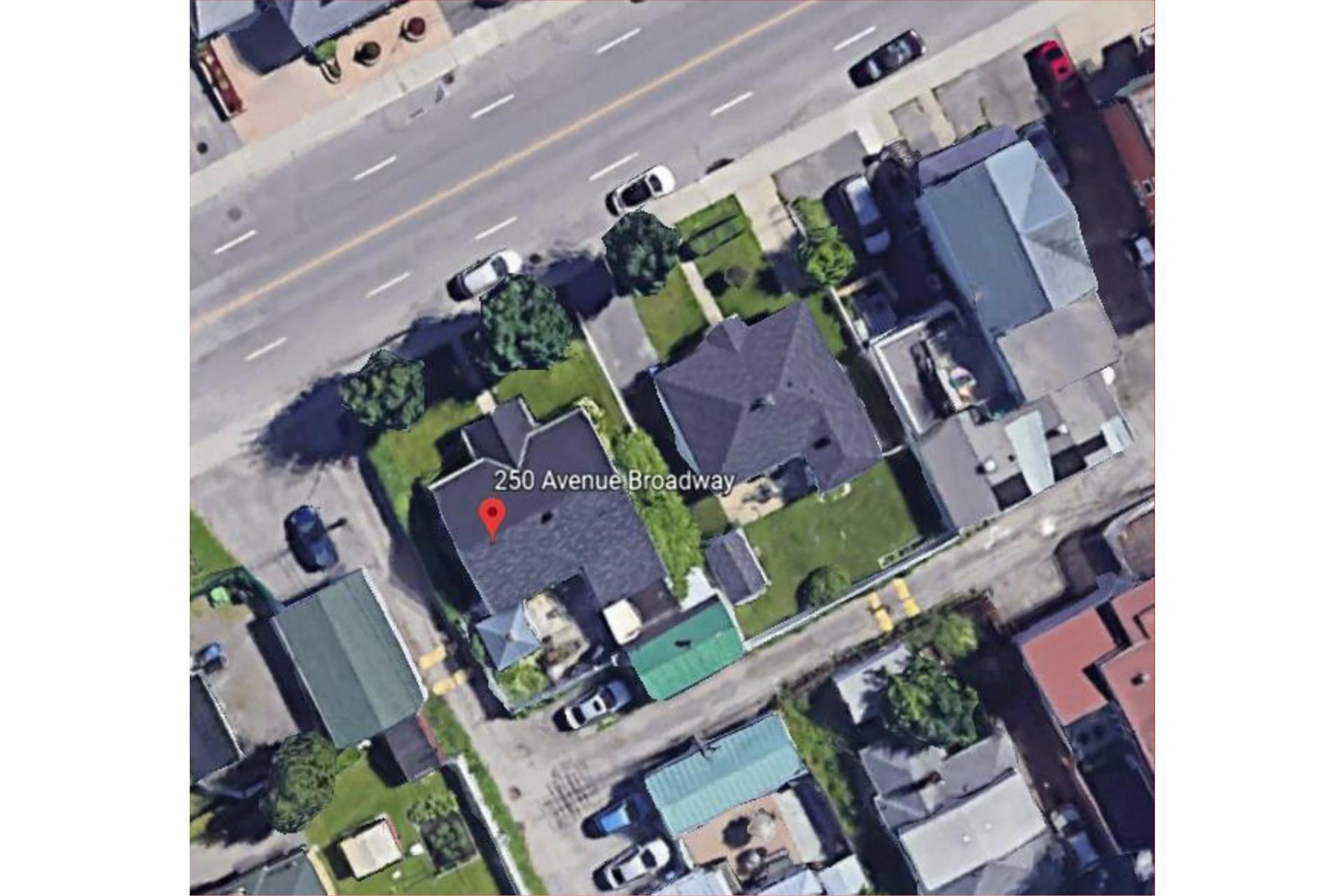 image 1 - Terrain À vendre Montréal-Est